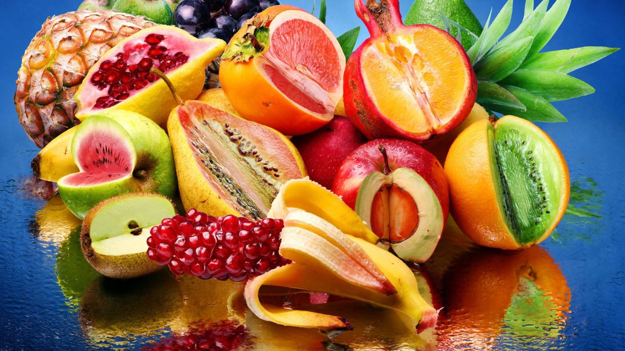 картинка на рабочий стол экзотические фрукты рыбаки гордостью показывают