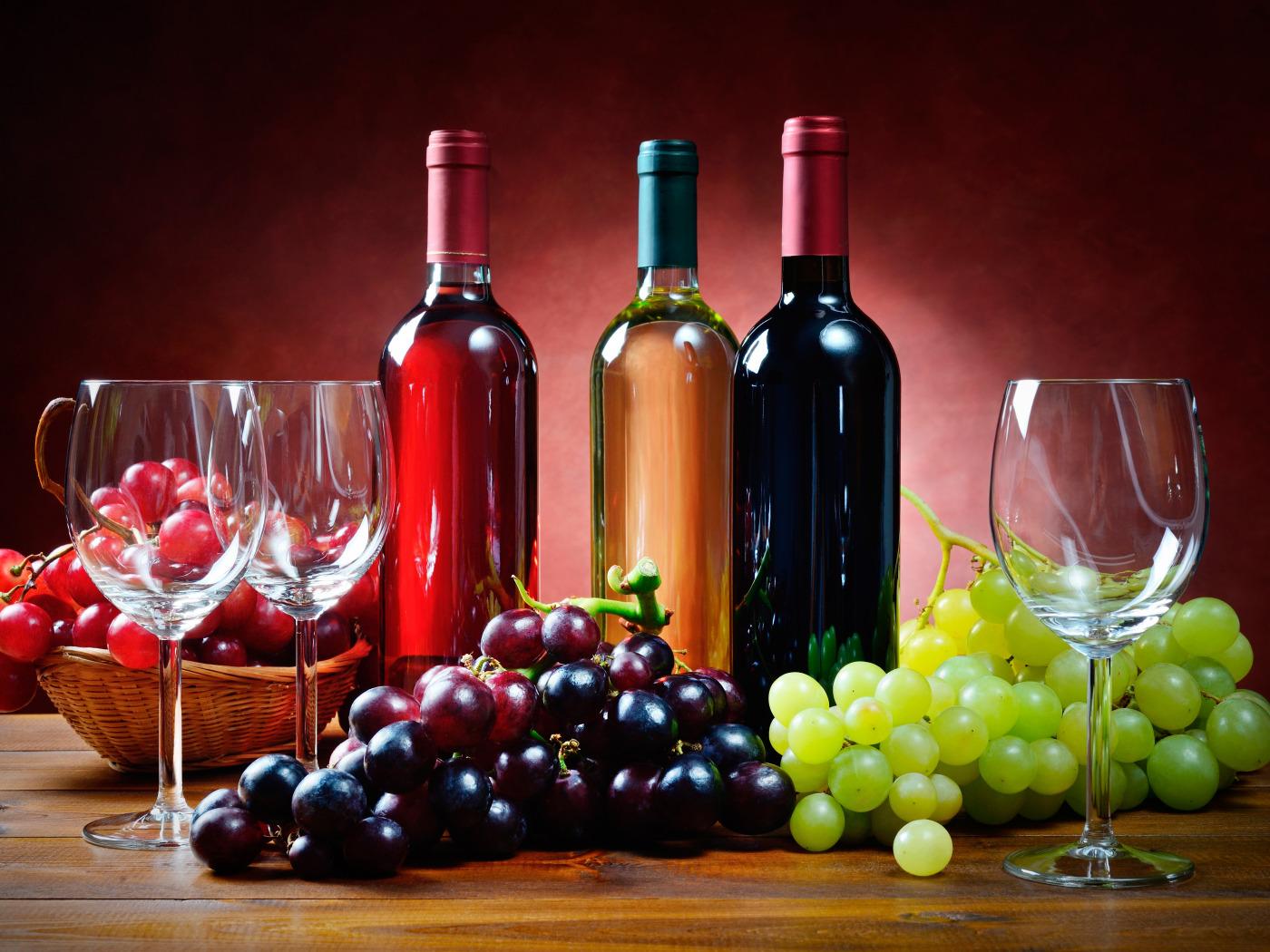 Вино в открытках