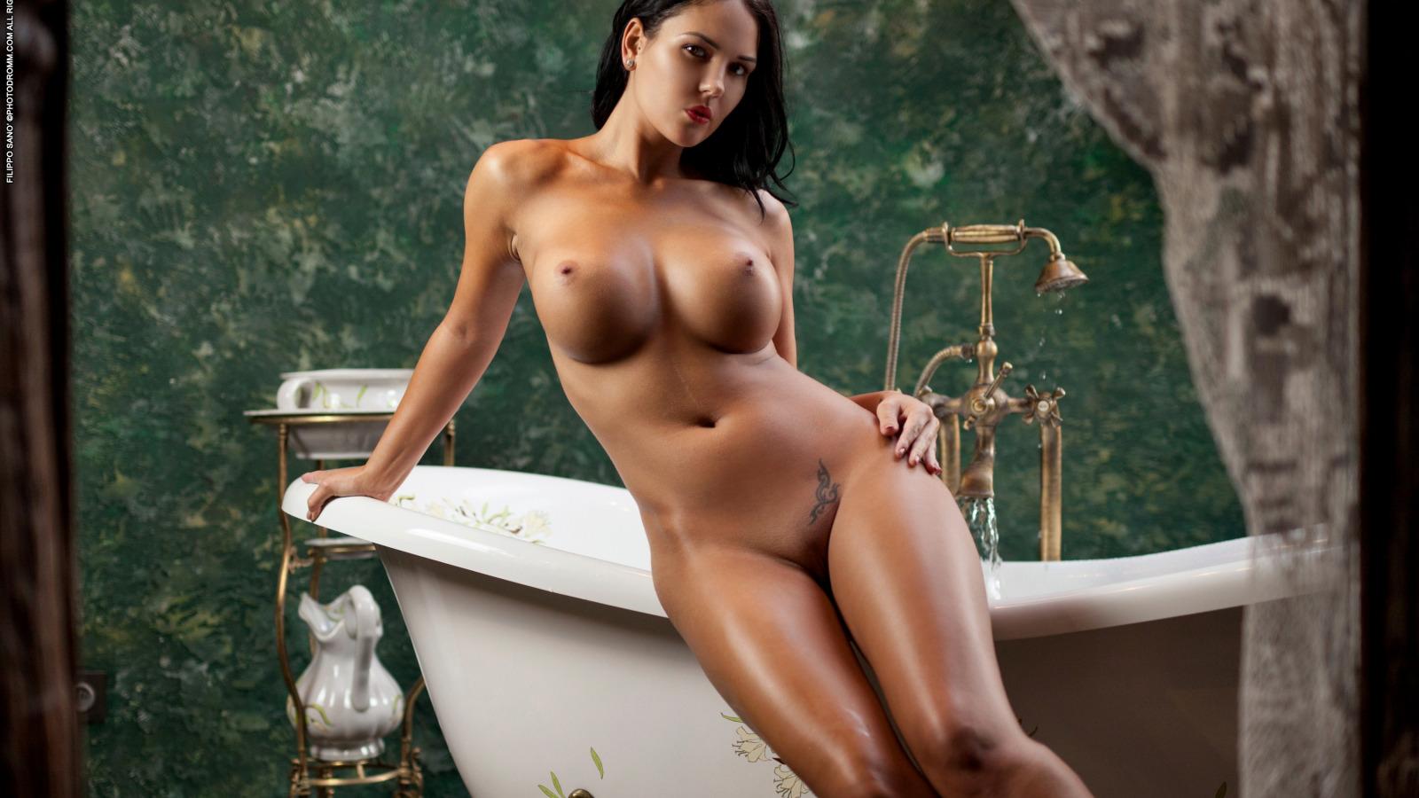 голые модели hd фото