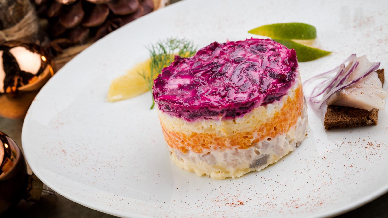 Новый салат сельдь под шубой порезанный рецепт