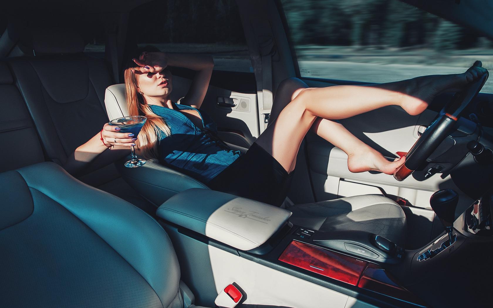 Расплата сексом за машину, За ремонт компьютера расплатилась своей жопой 21 фотография