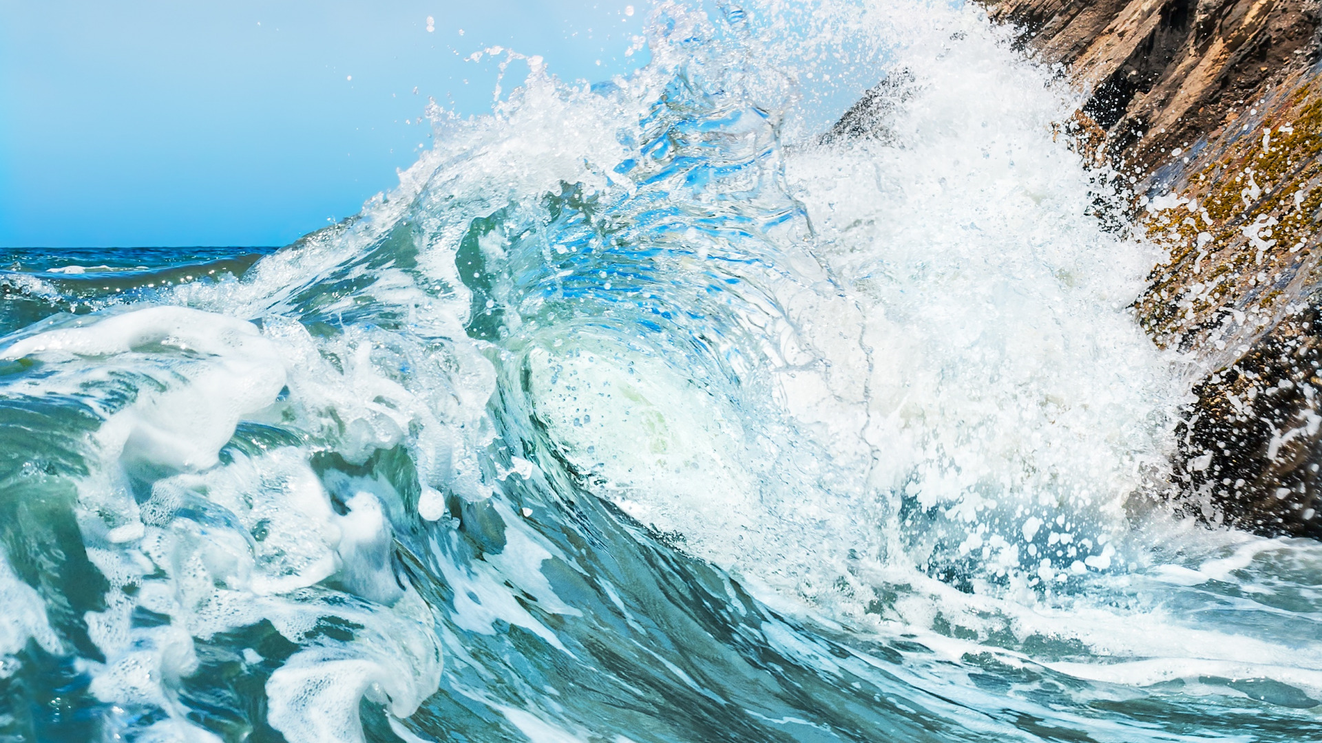 Море волны брызги  № 2203194 загрузить