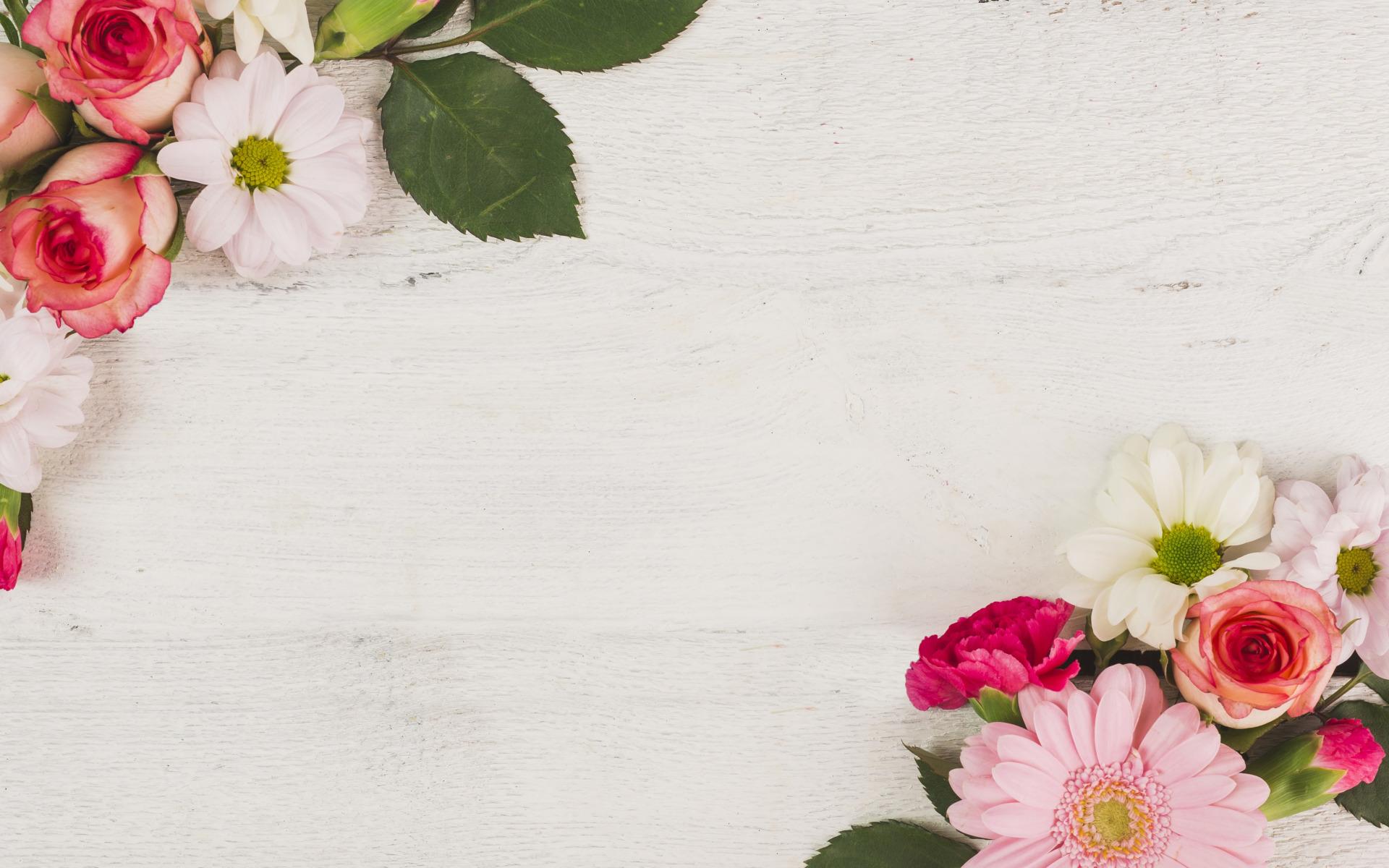 Поздравление, открытка с цветами в углу