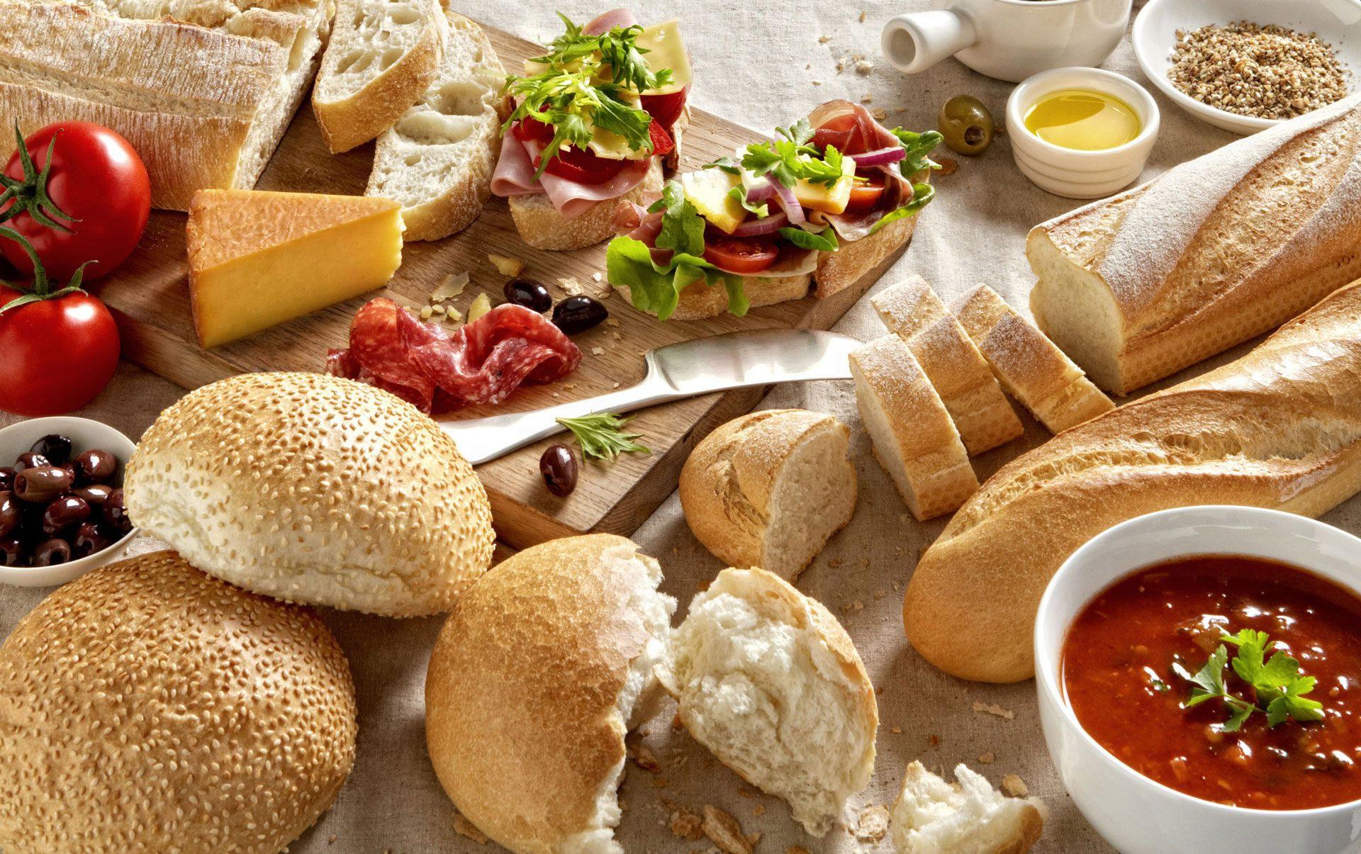 видео картинки колбаса с хлебом потолка частном