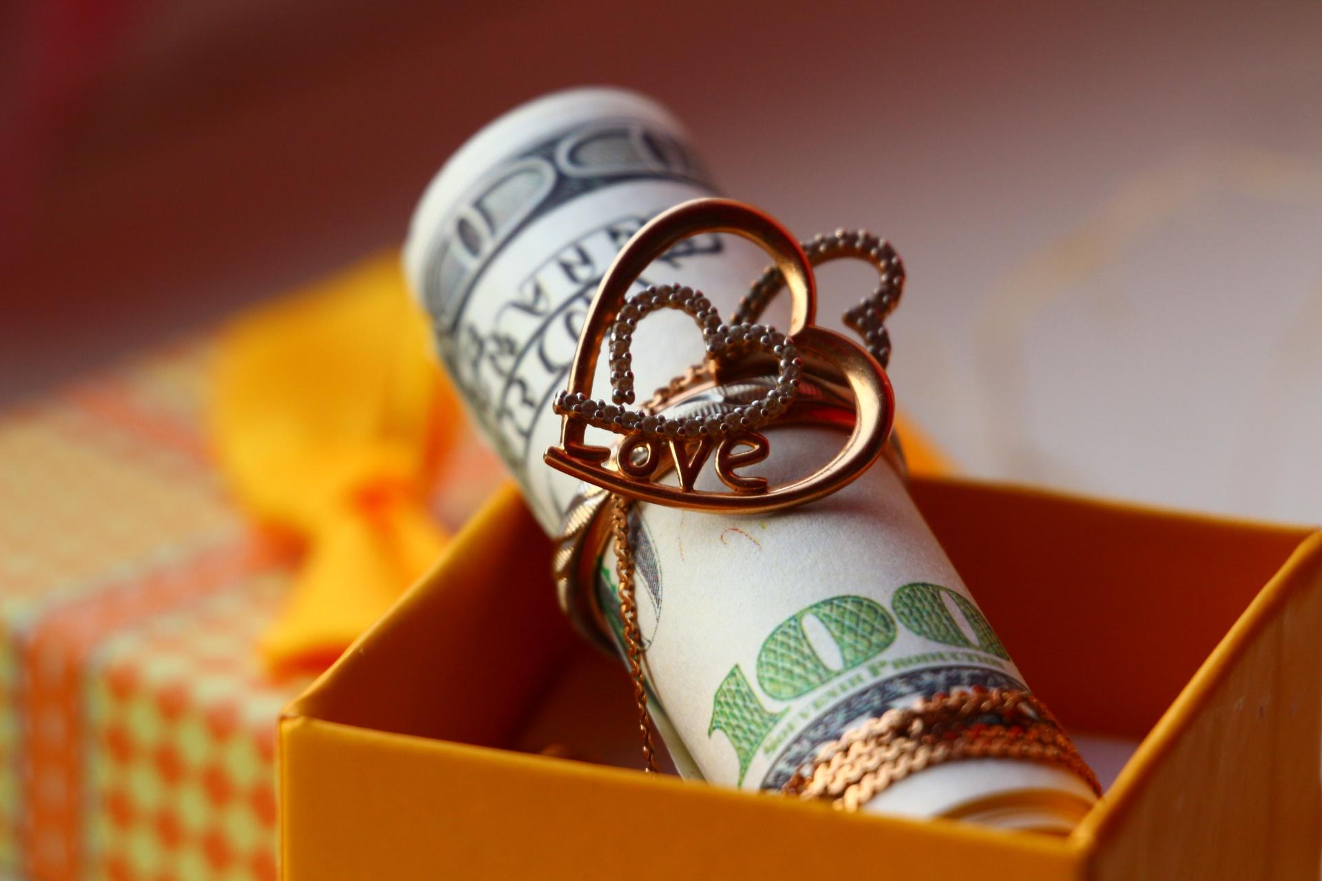 картинка сердце и деньги некоторого времени, проведенного