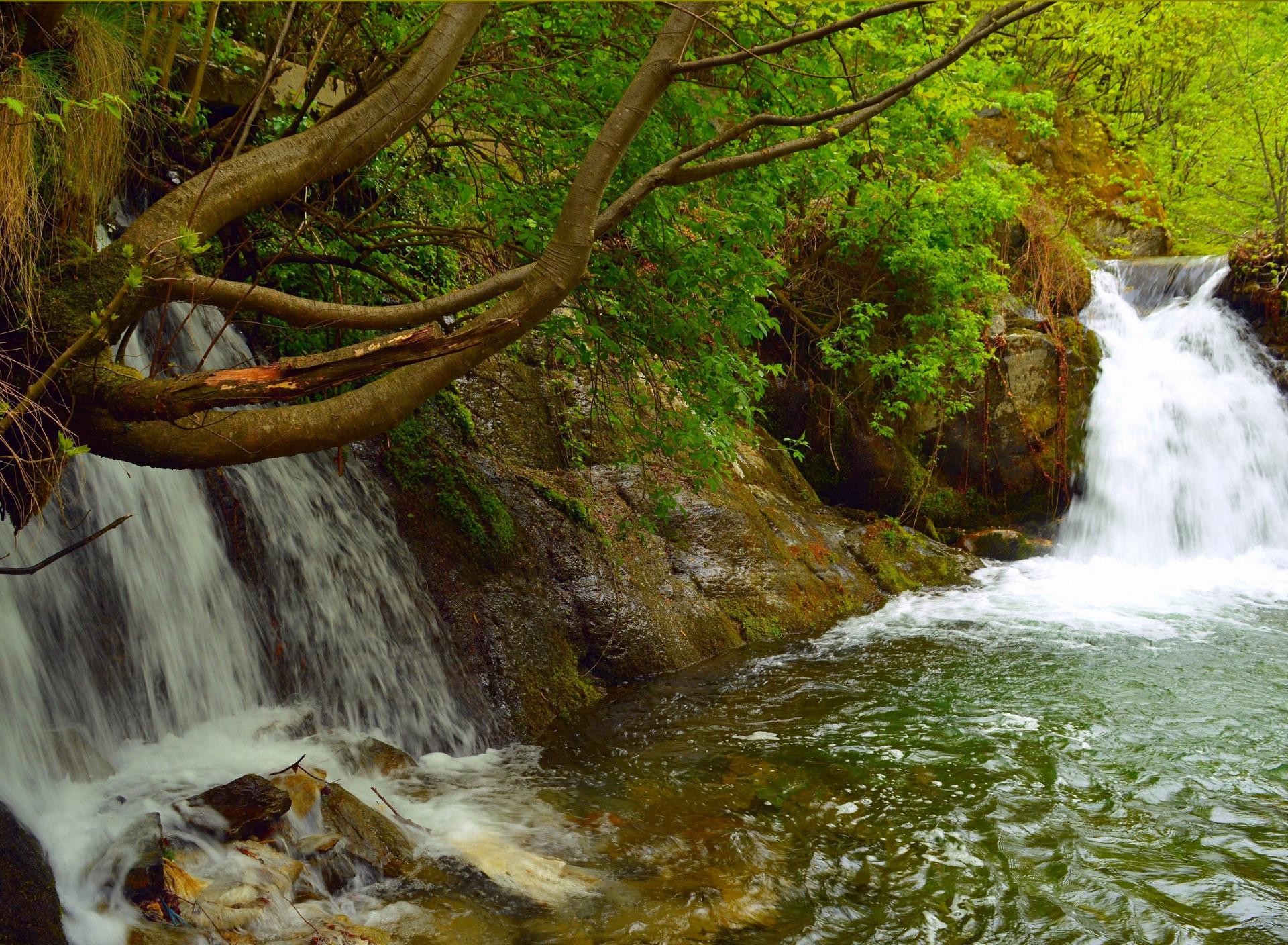 крутить картинки весна природа водопады знаю