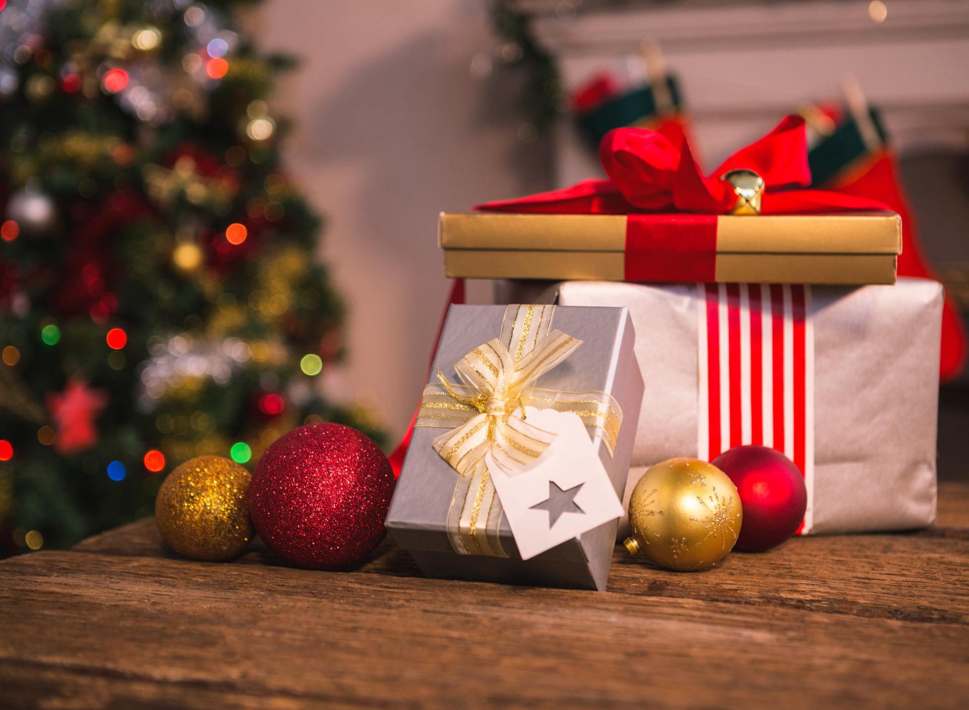 Картинки рождество подарок