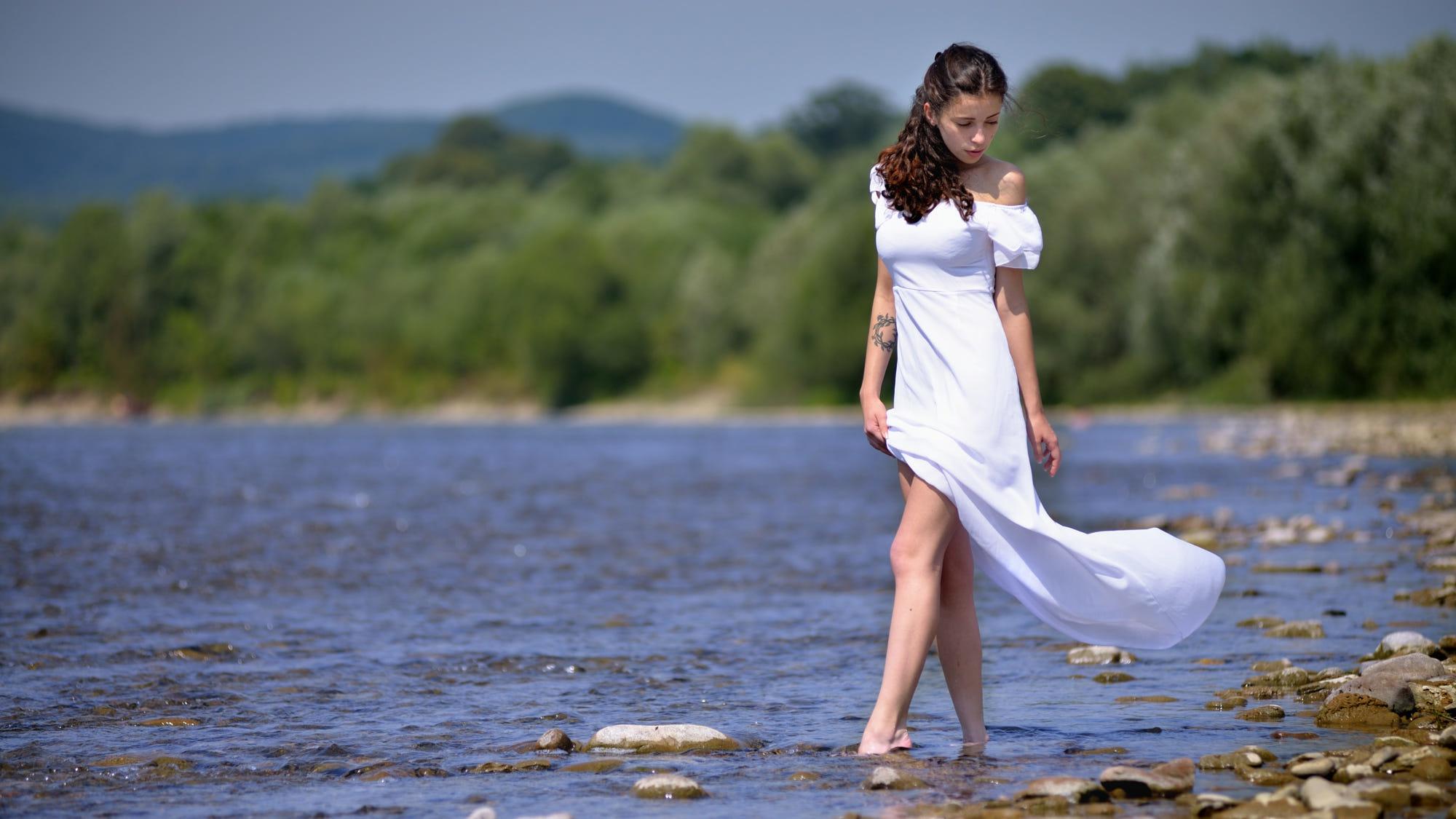 последнее время как сделать фотосессию у реки алюминиевого белья