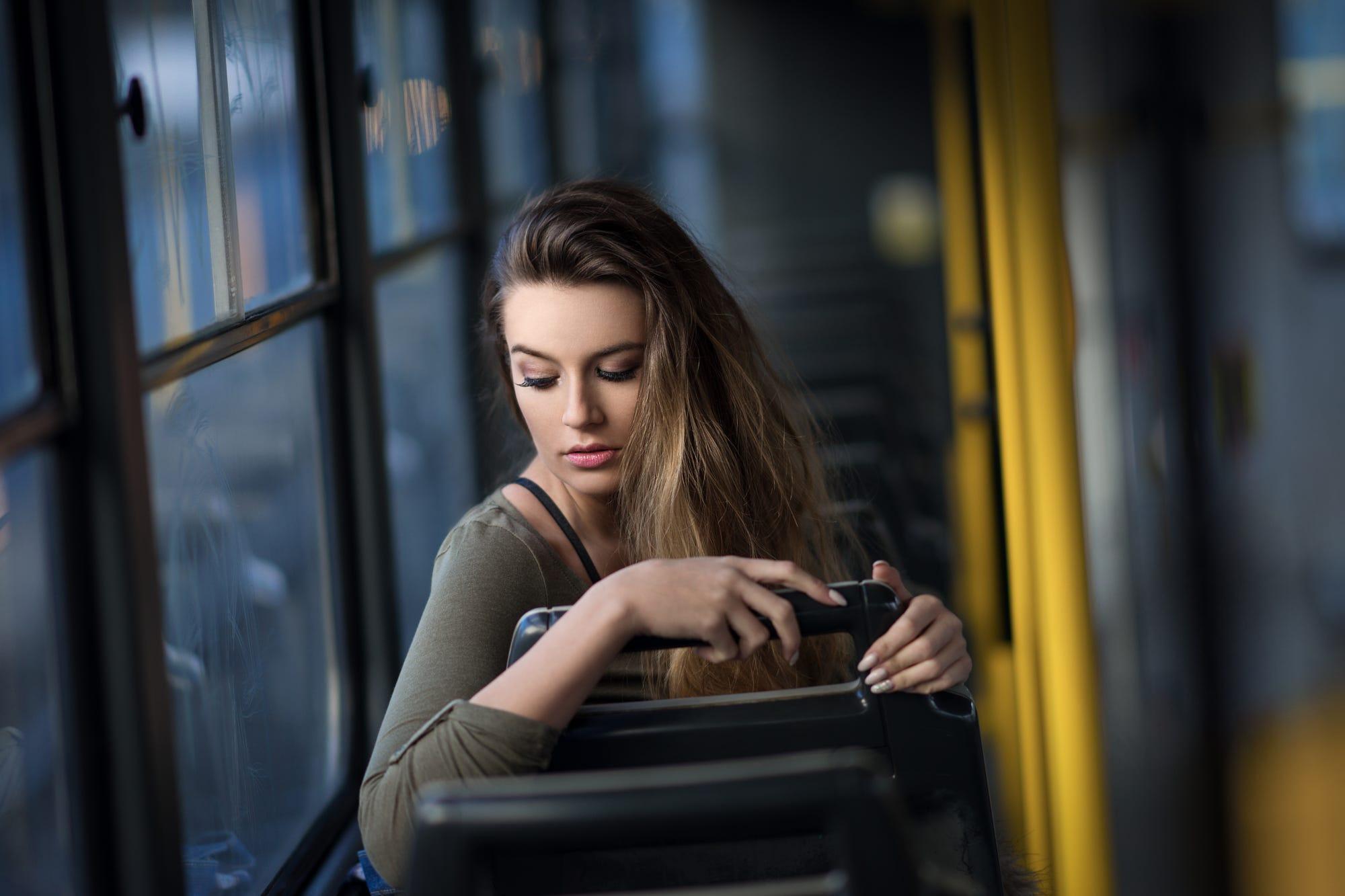 например противник красивые девушки в автобусе фото ерунду нормального потом
