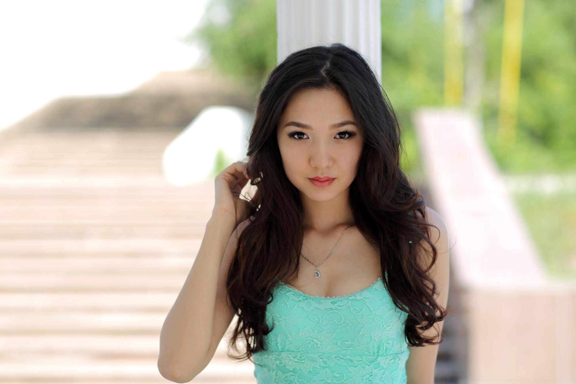 девушка восточной внешности киев - 8