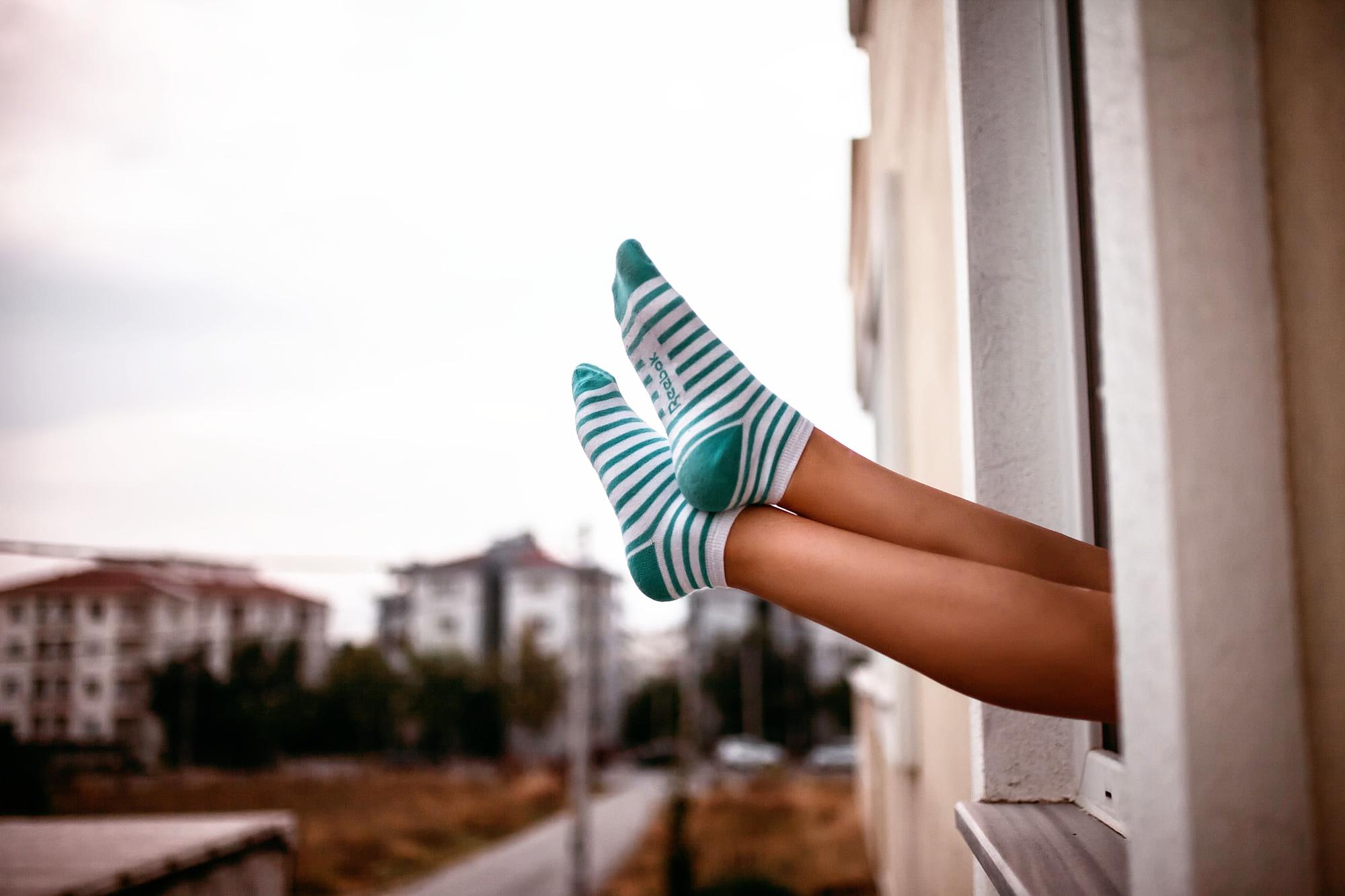 день воздушного почему люди фотографируются на носочках россии