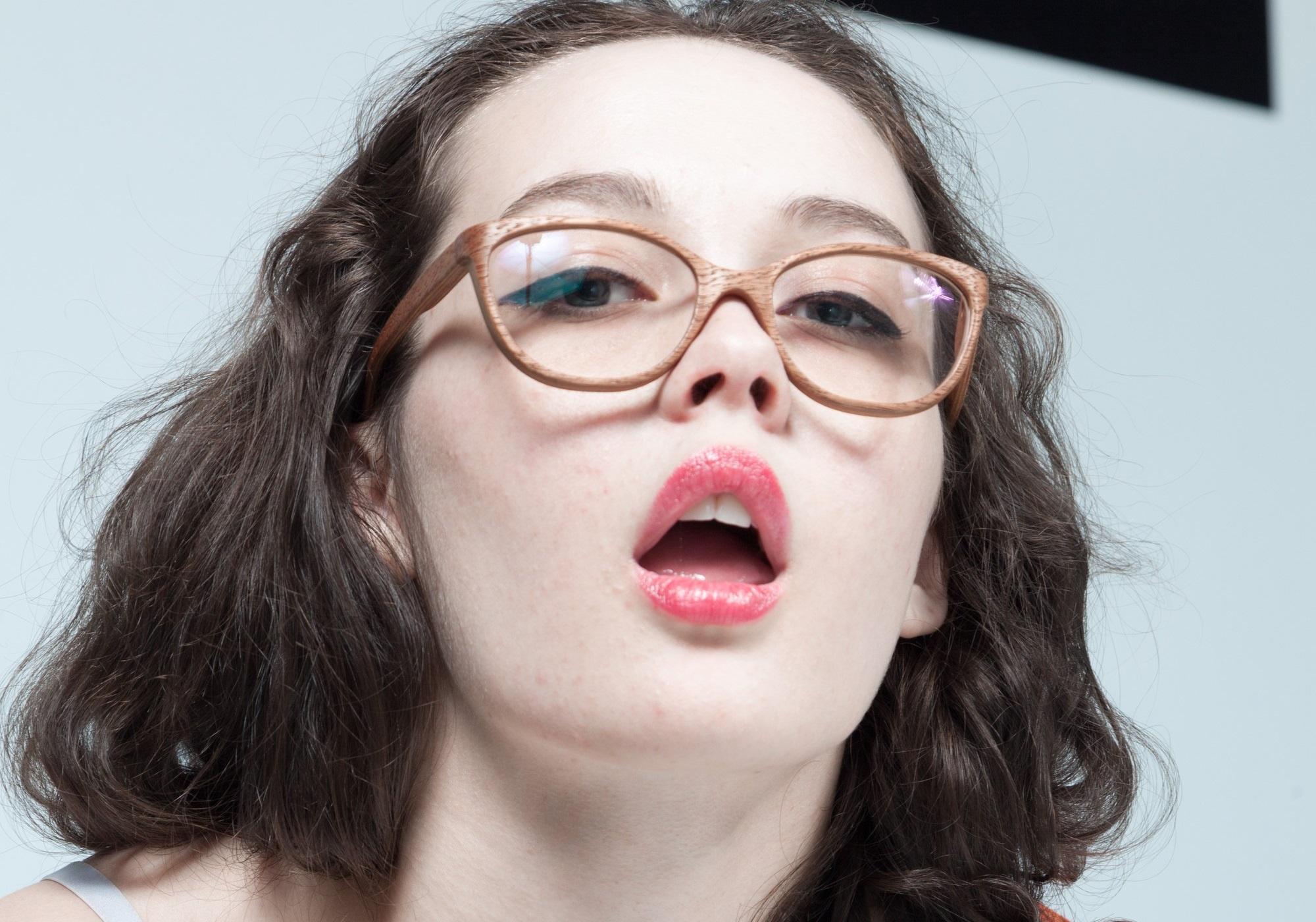 Фото красивый ротик, Сперма во рту фото 14 фотография