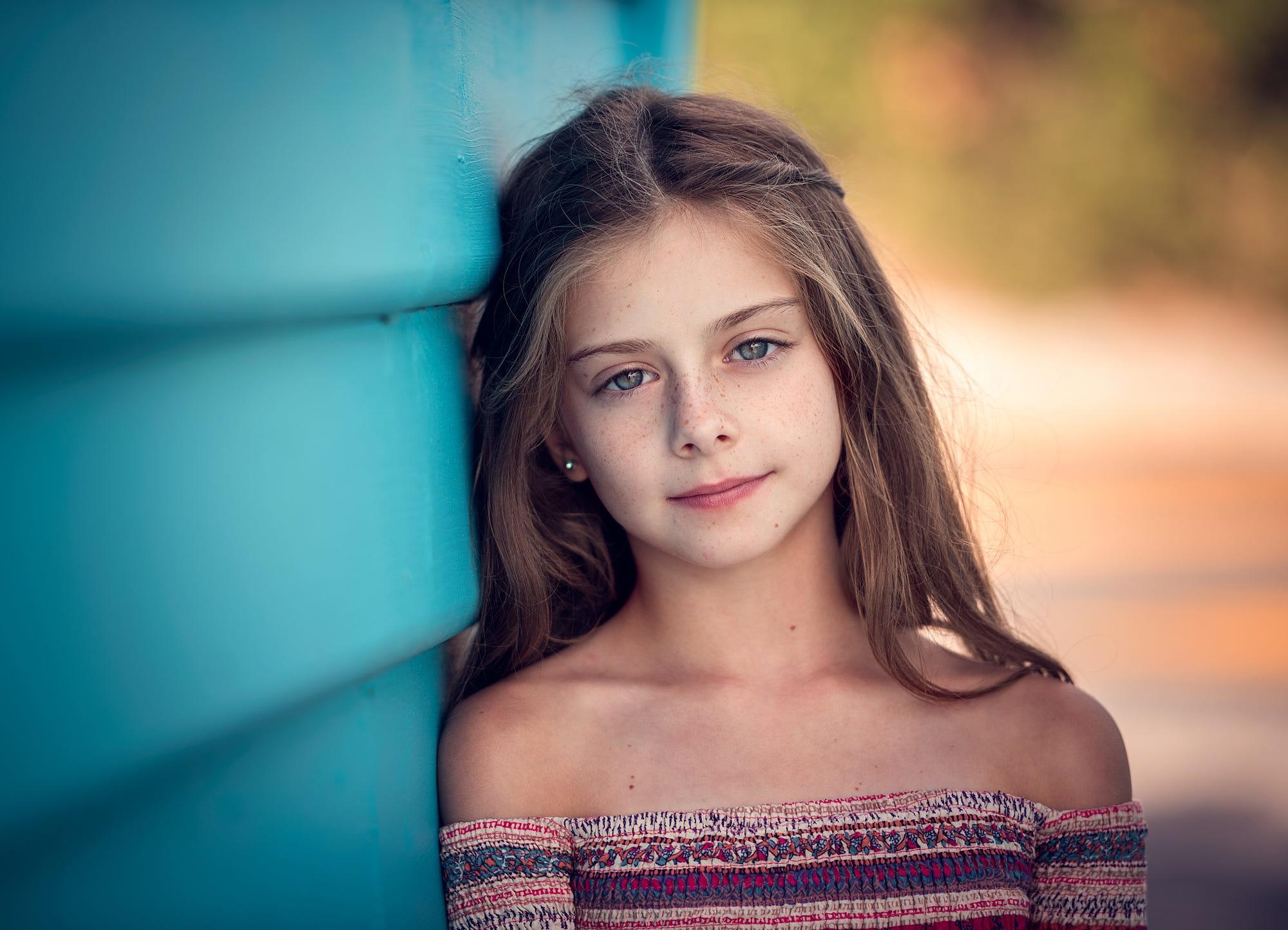 Молодая девочка картинка