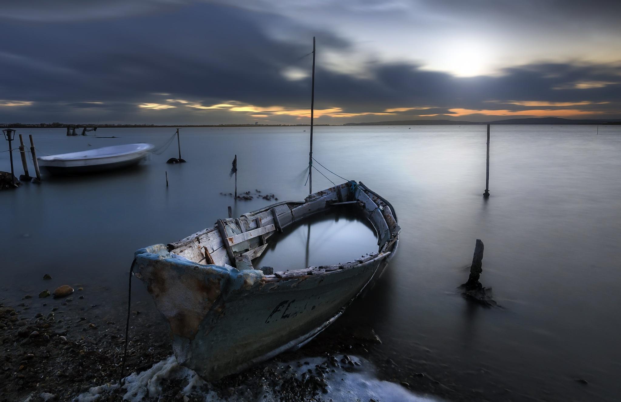 лодки ночь  № 3506395 загрузить