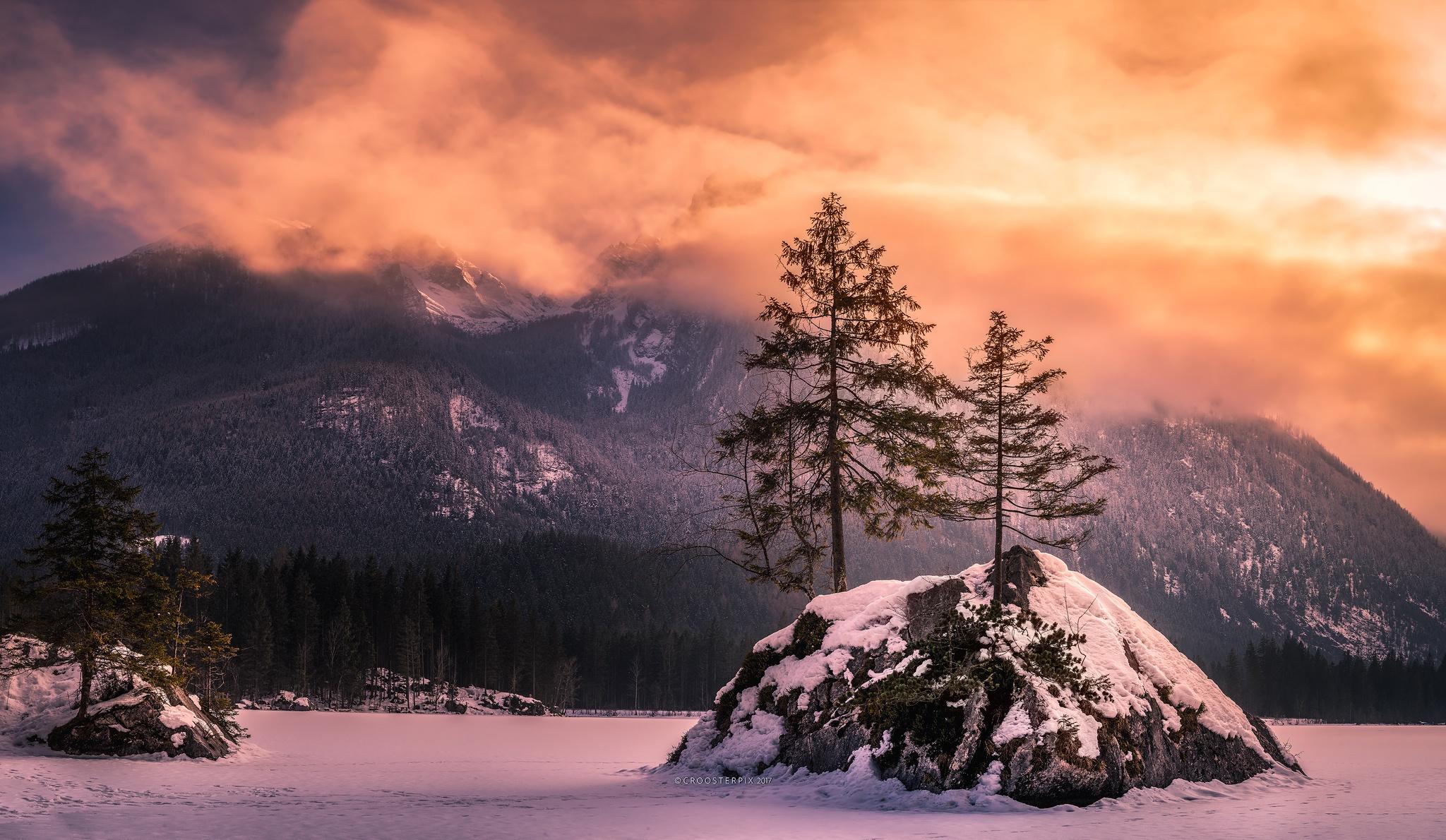 обои на рабочий стол зима в горах с озером № 201961 без смс