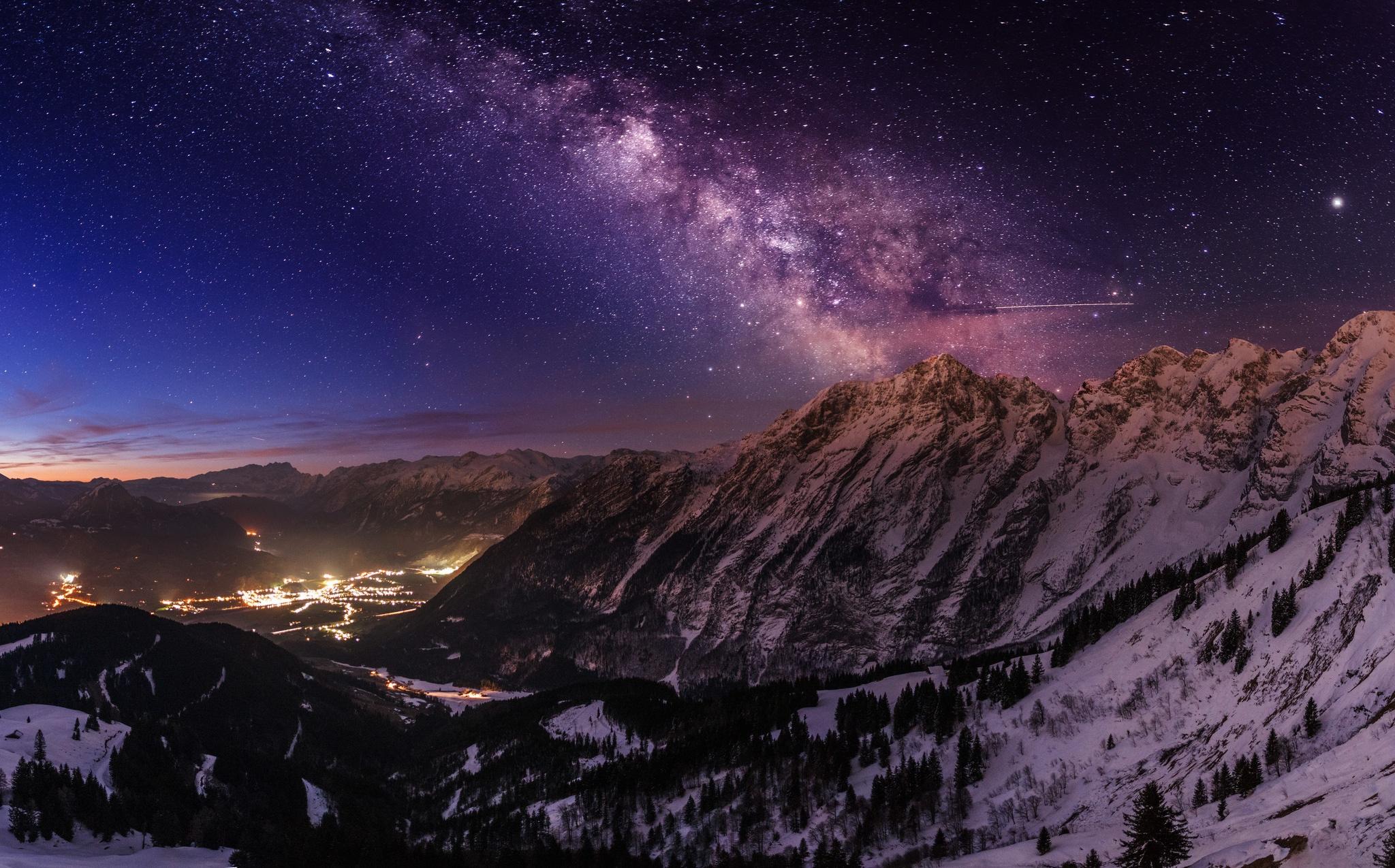 Фото горы ночью на рабочий стол