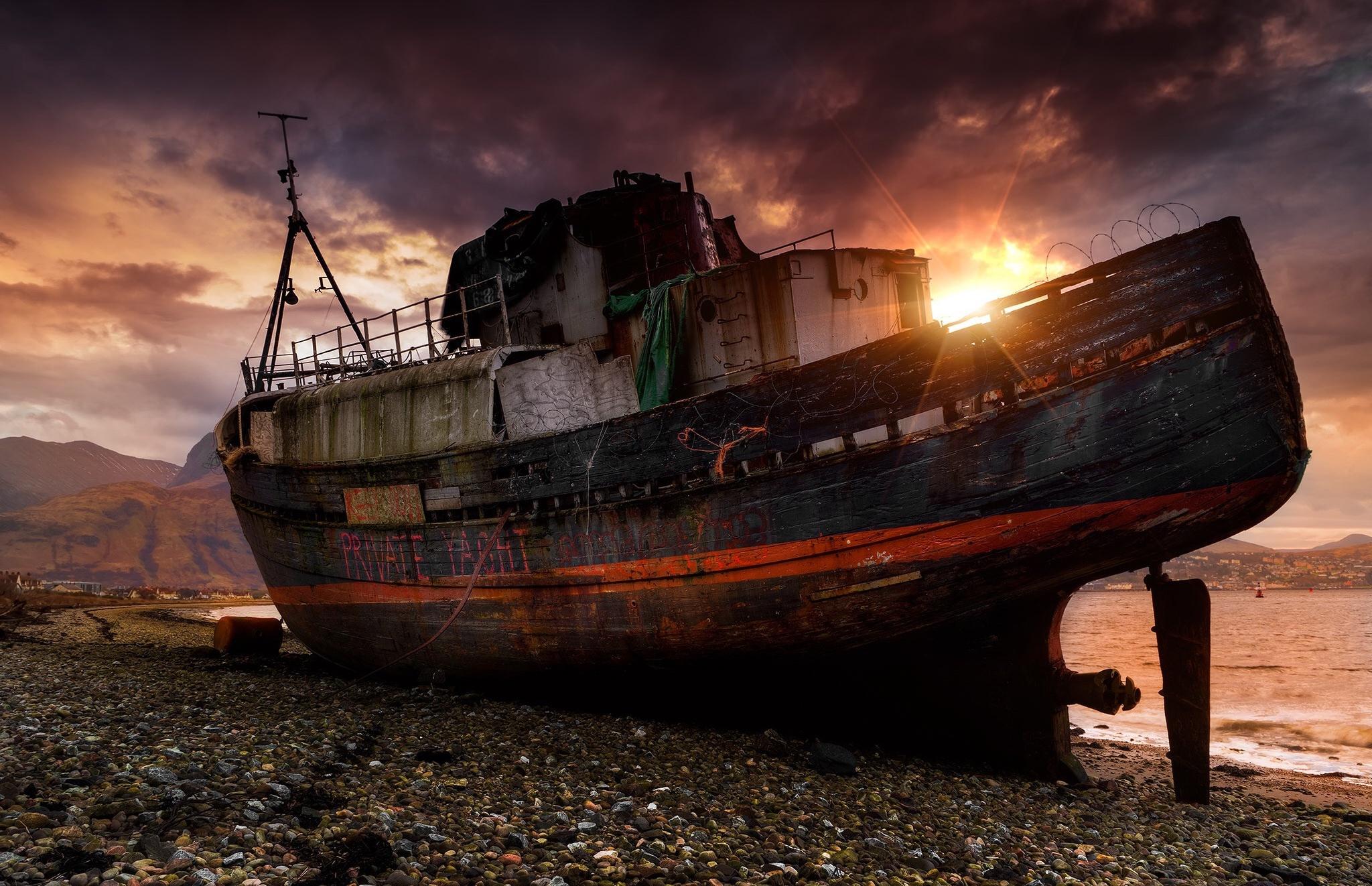 Фото разбитых кораблей
