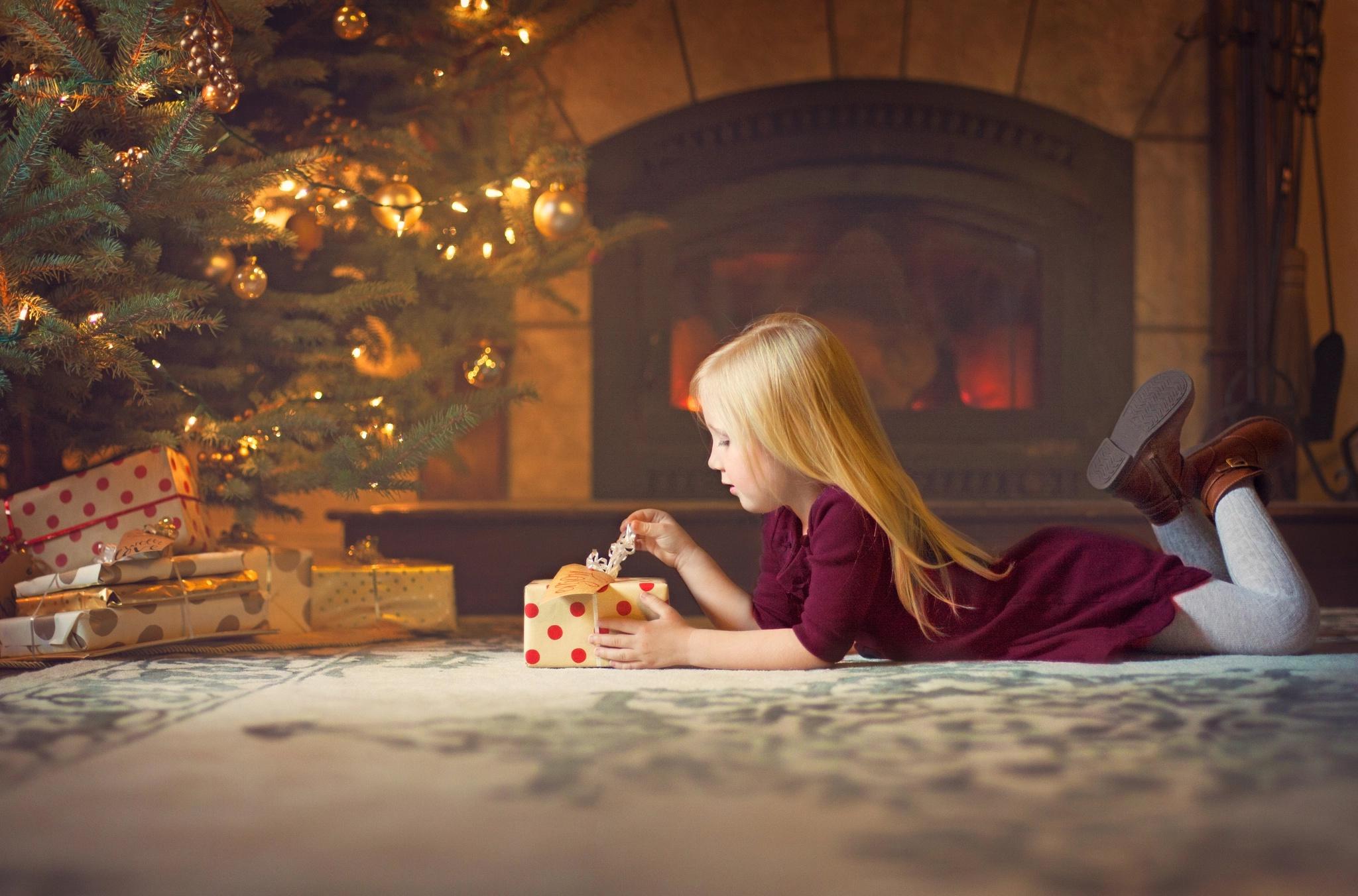 Девочка и рождество картинки