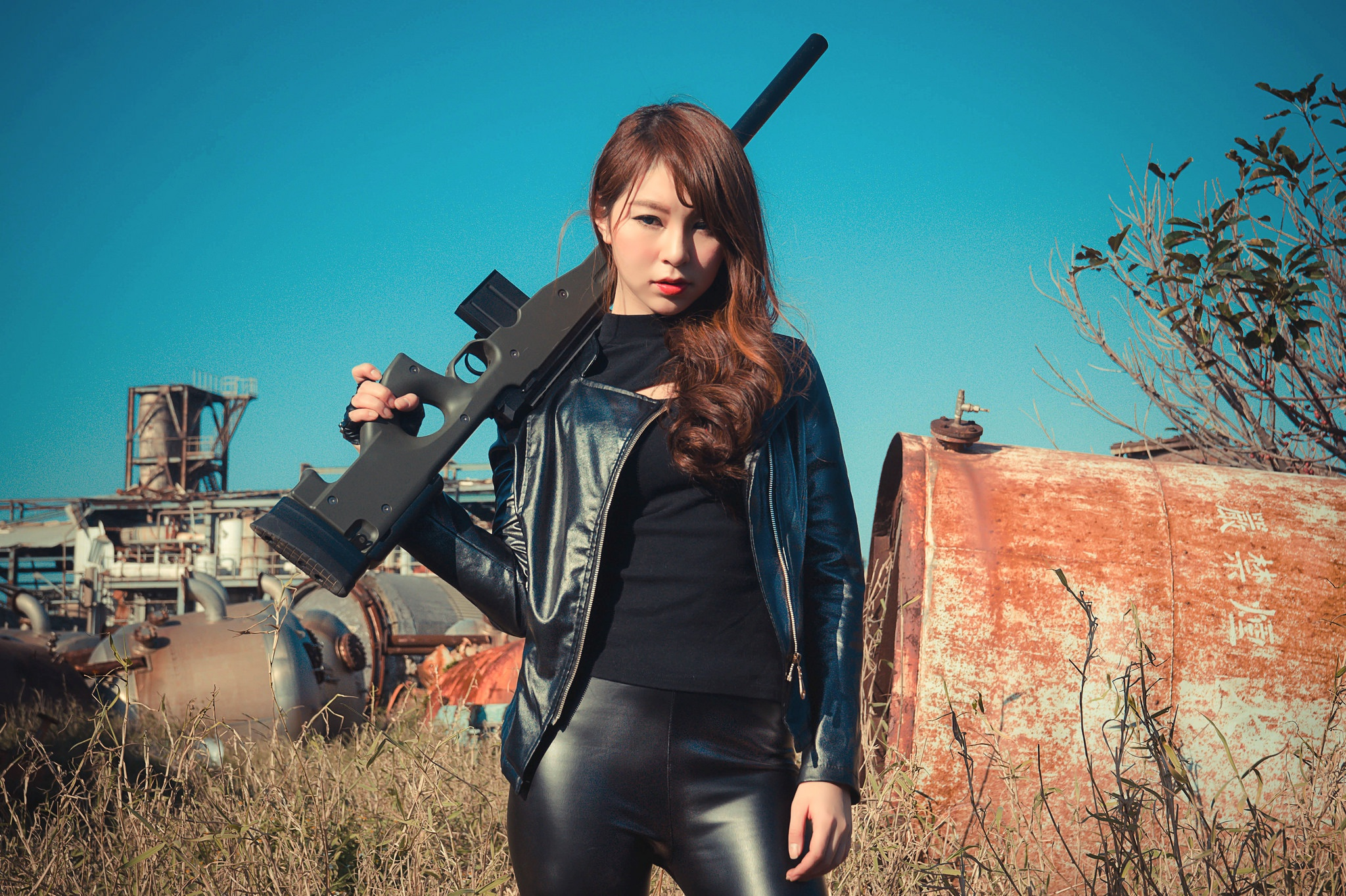 print-asian-girl-gun