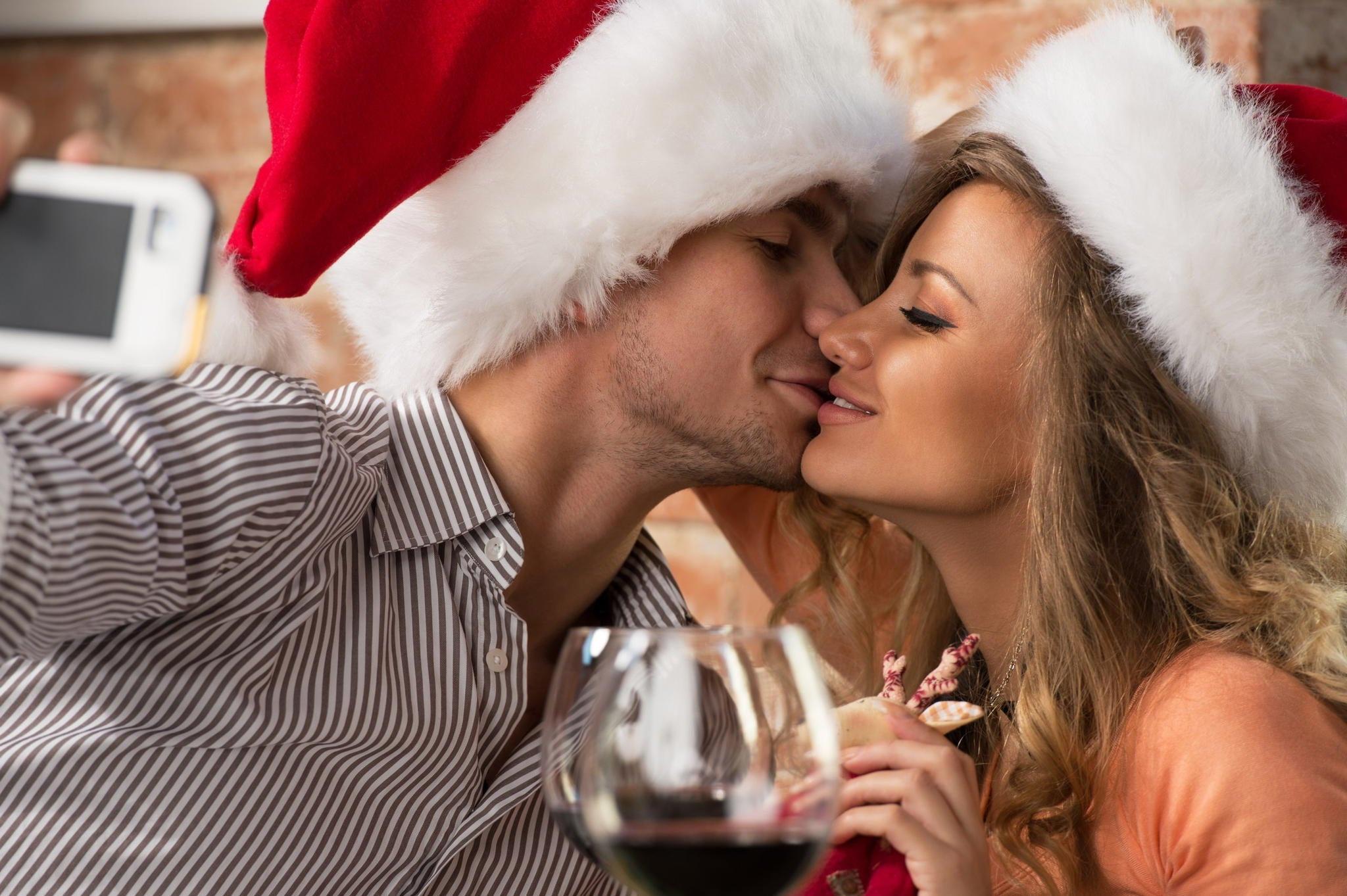 Картинки с новым годом с мужчиной