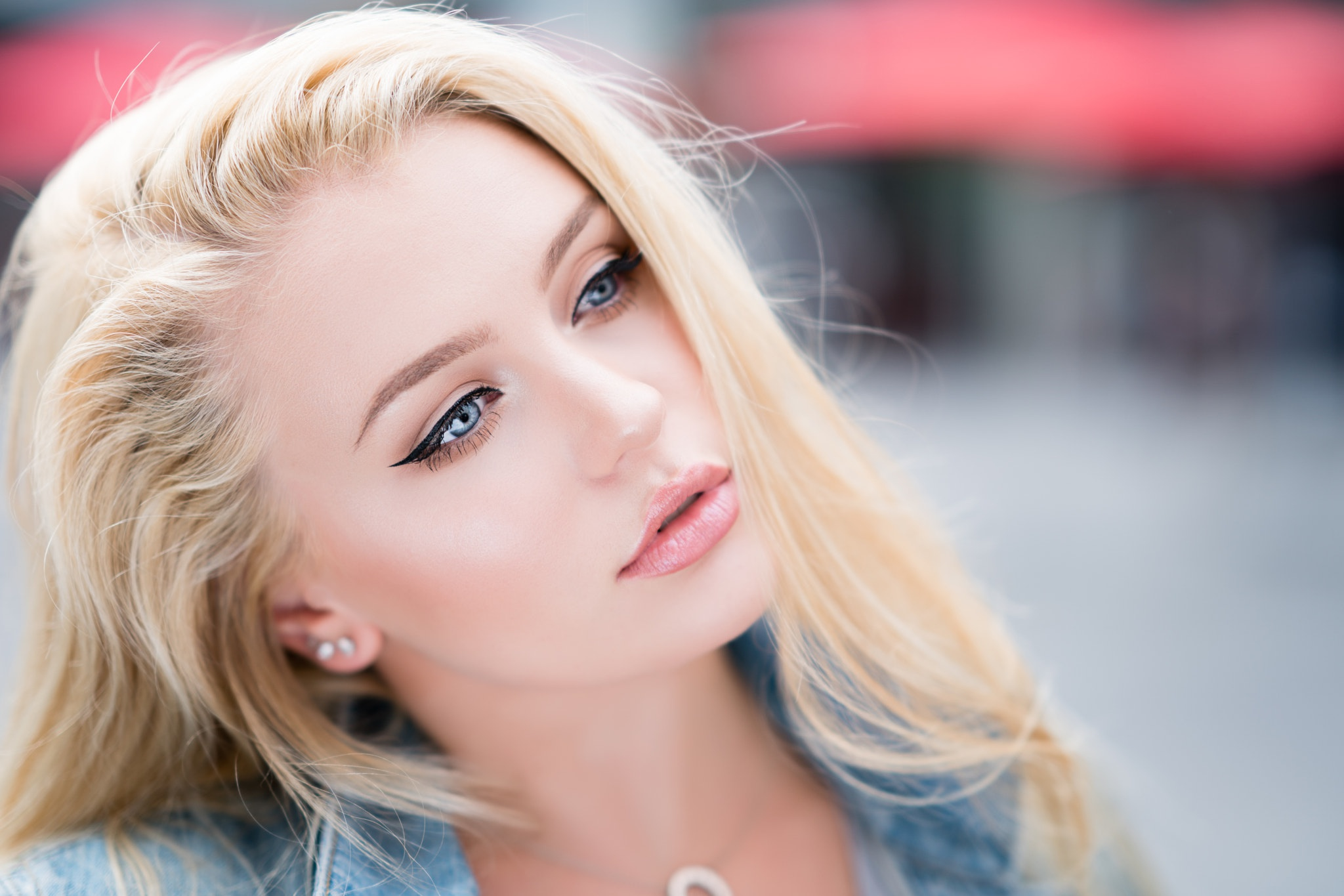 Picture of tall blonde blue eyes — pic 8