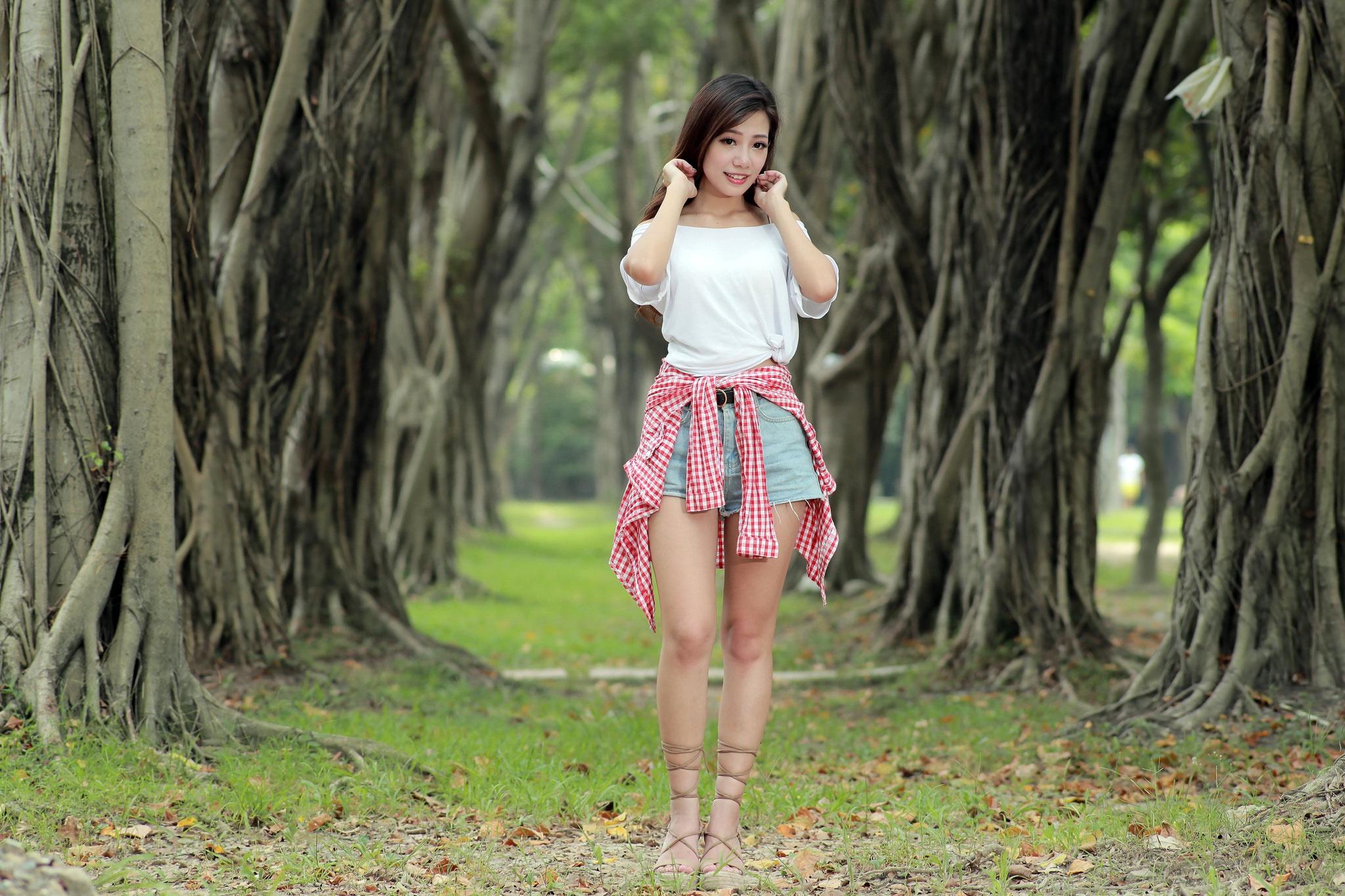 outdoor-girl-asian-home-video-of-wife-creampie