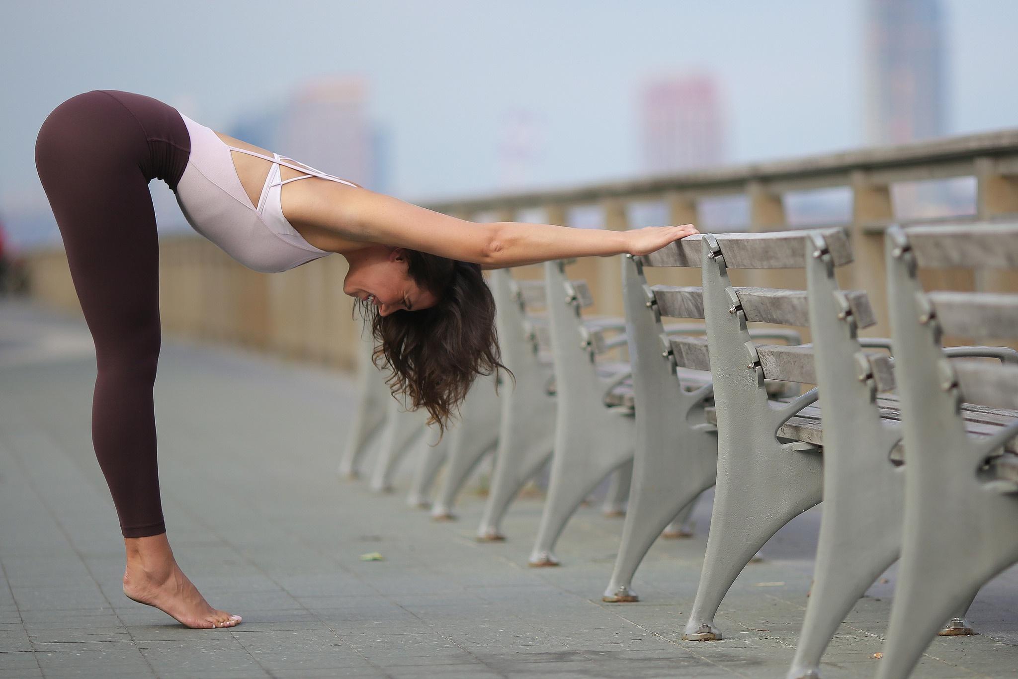 фото девушек гимнасток колготках