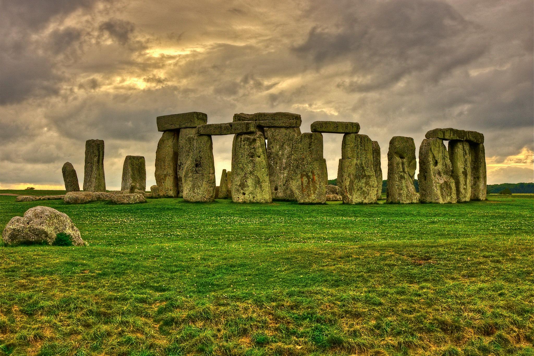 Famous Rock Group, Stonehenge, Wiltshire, England  № 715645 загрузить