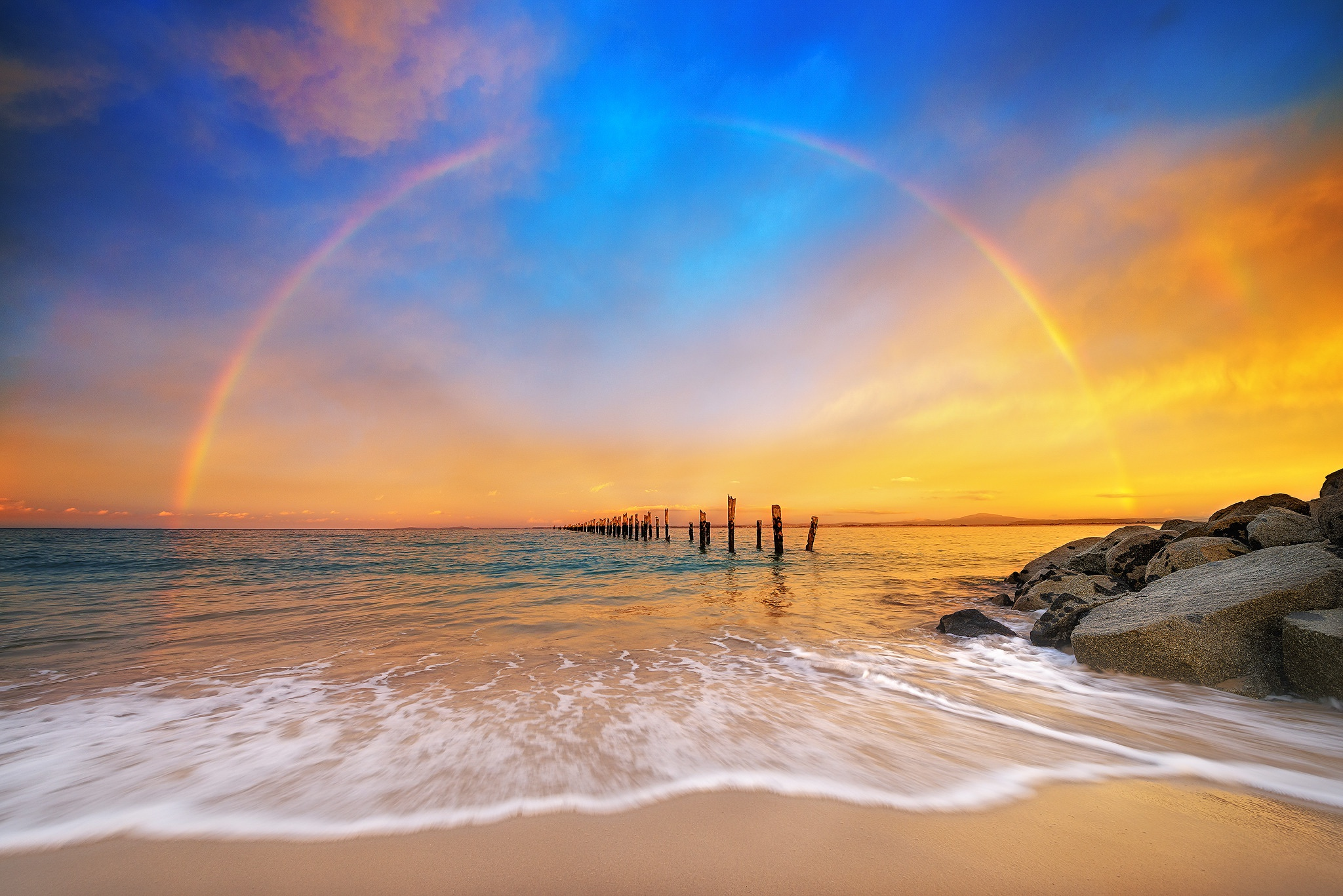 Фото и картинки радуги на море