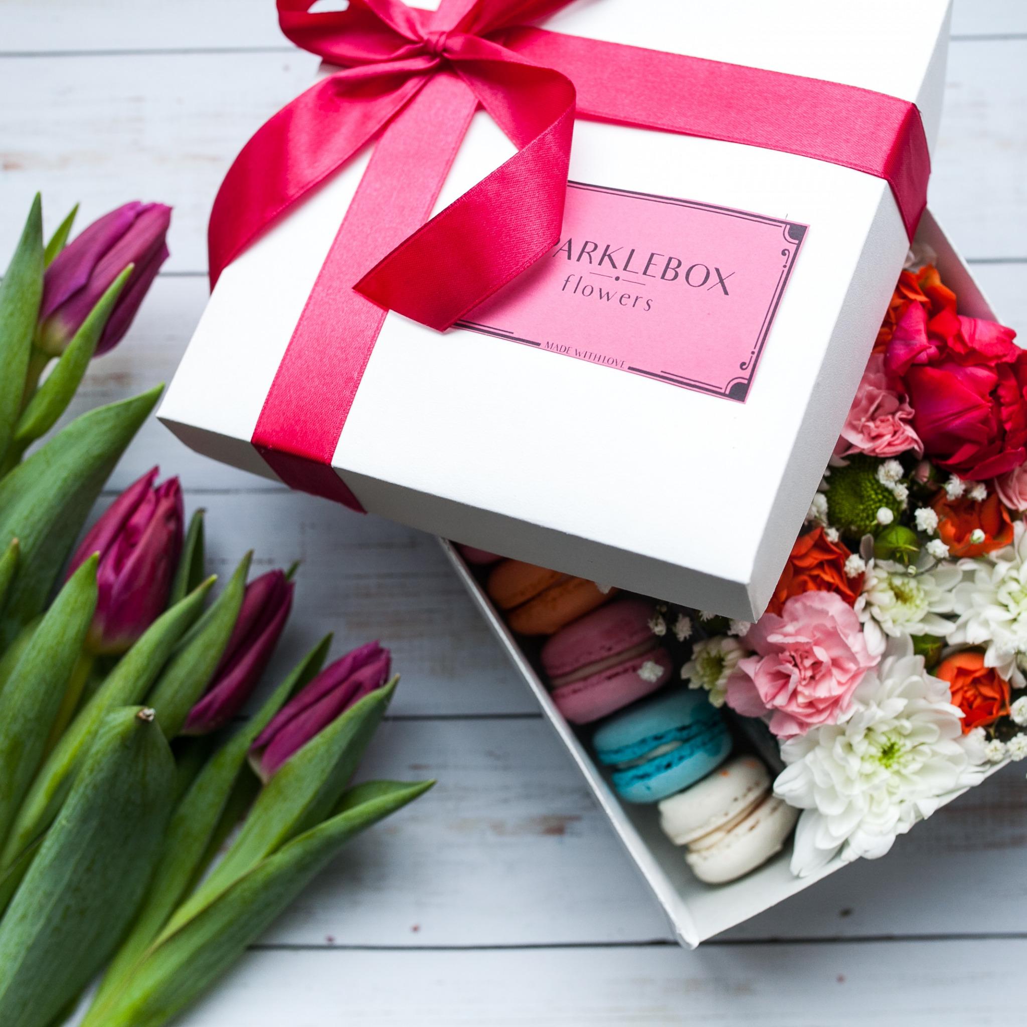 Цветы-подарки, васильками