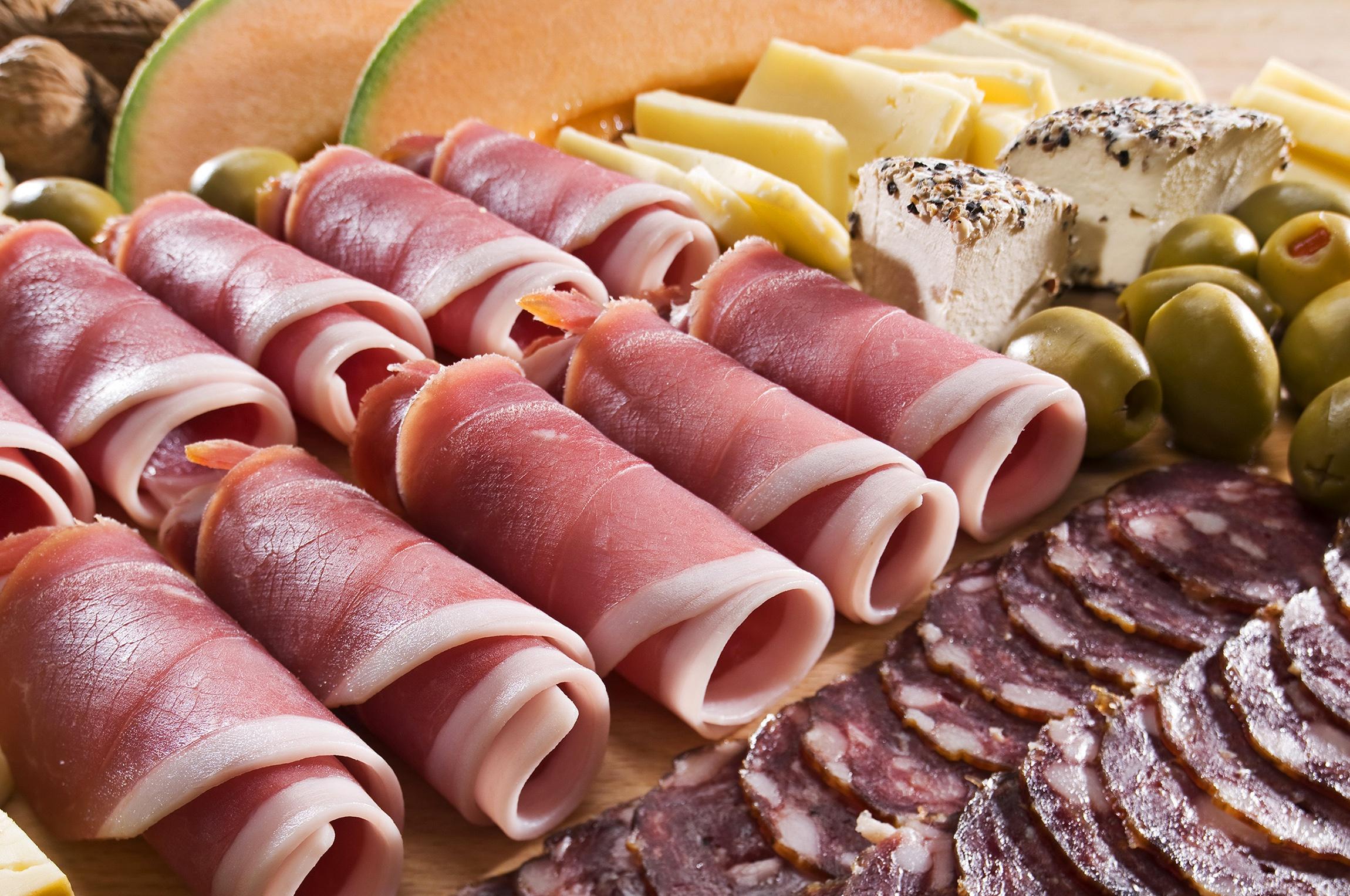 Картинка с колбасой и сыром, анимация картинки