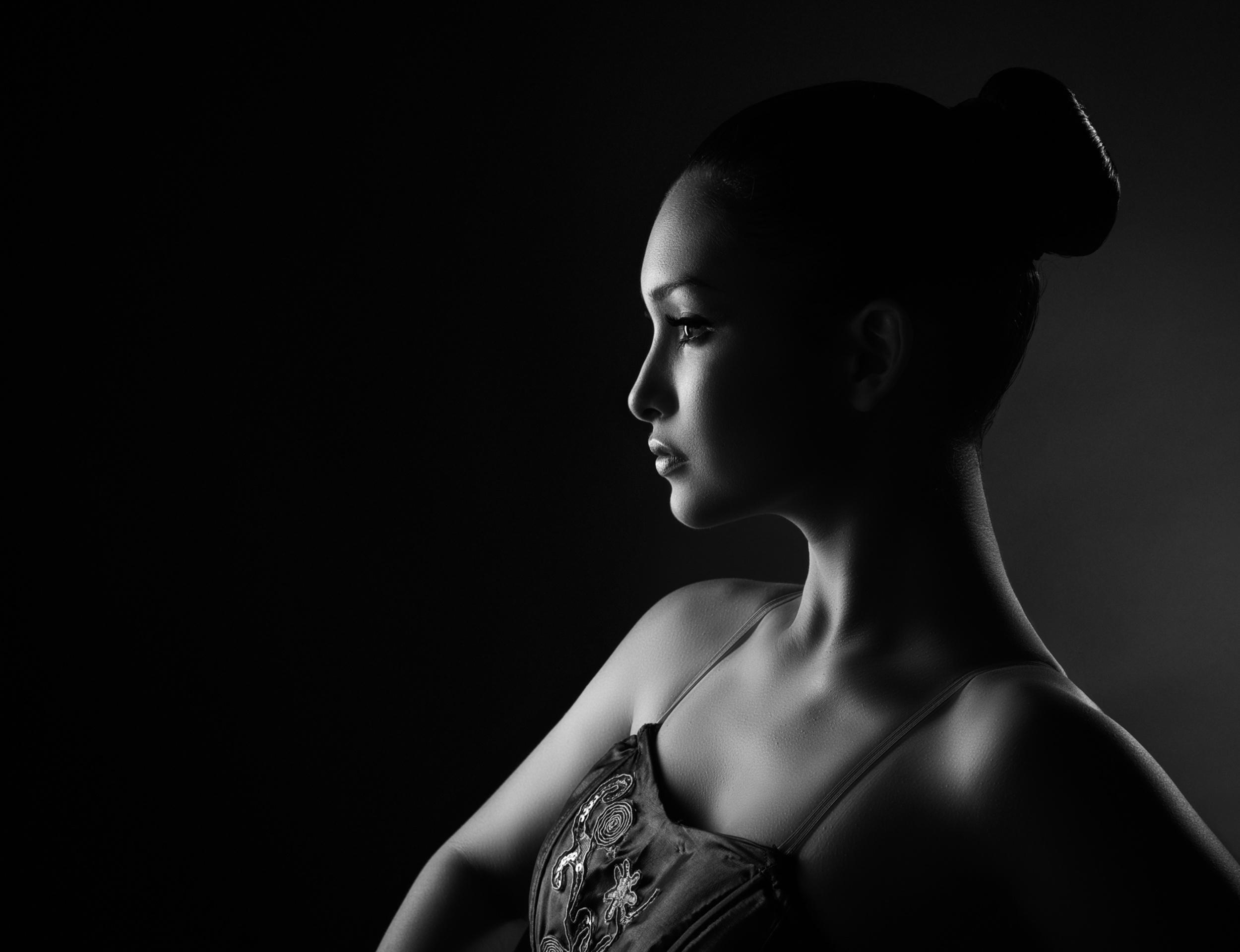 как в портретной фотографии создать черный фон выращенные неволе