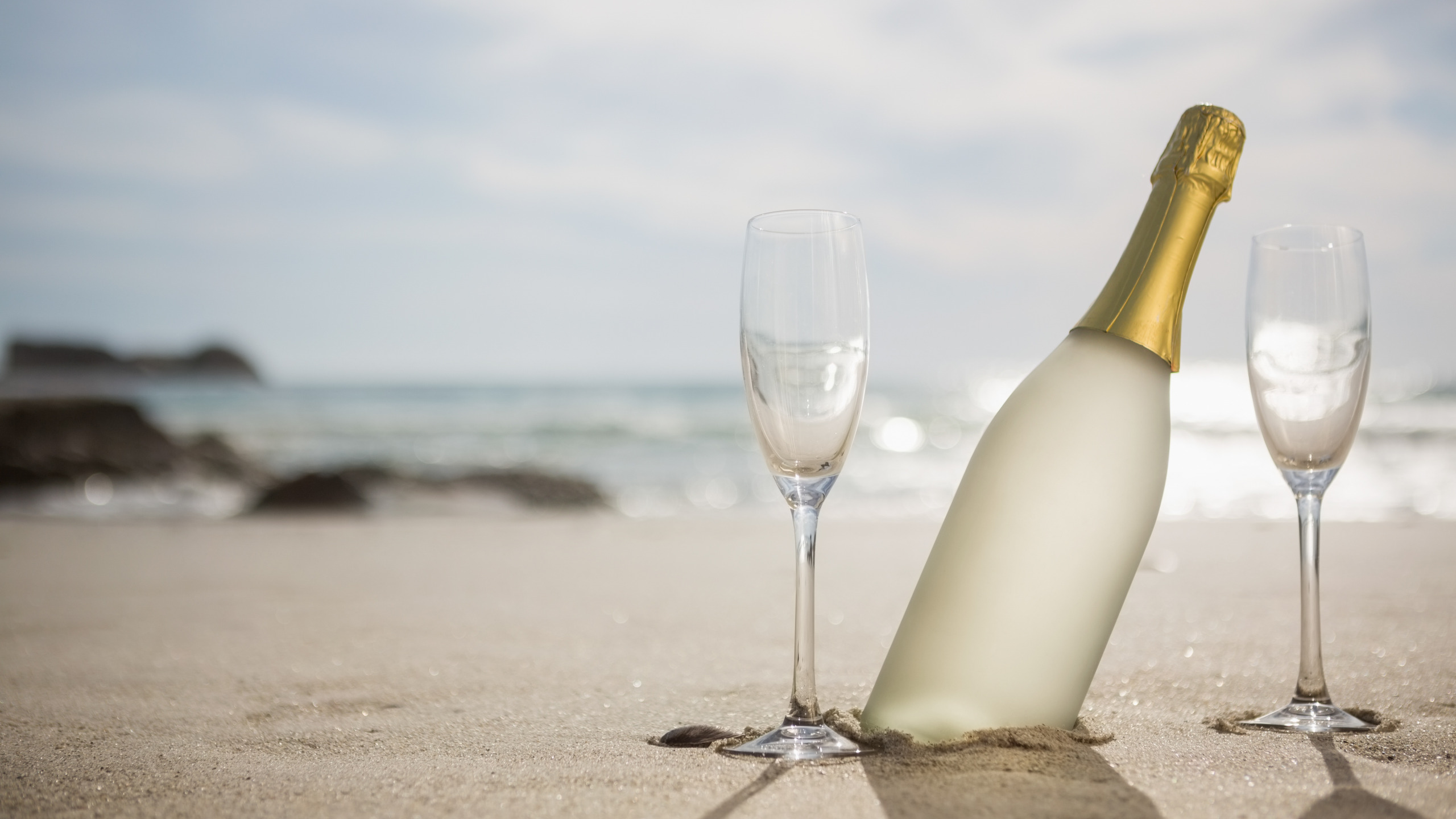 можно поздравление море шампанского будущей