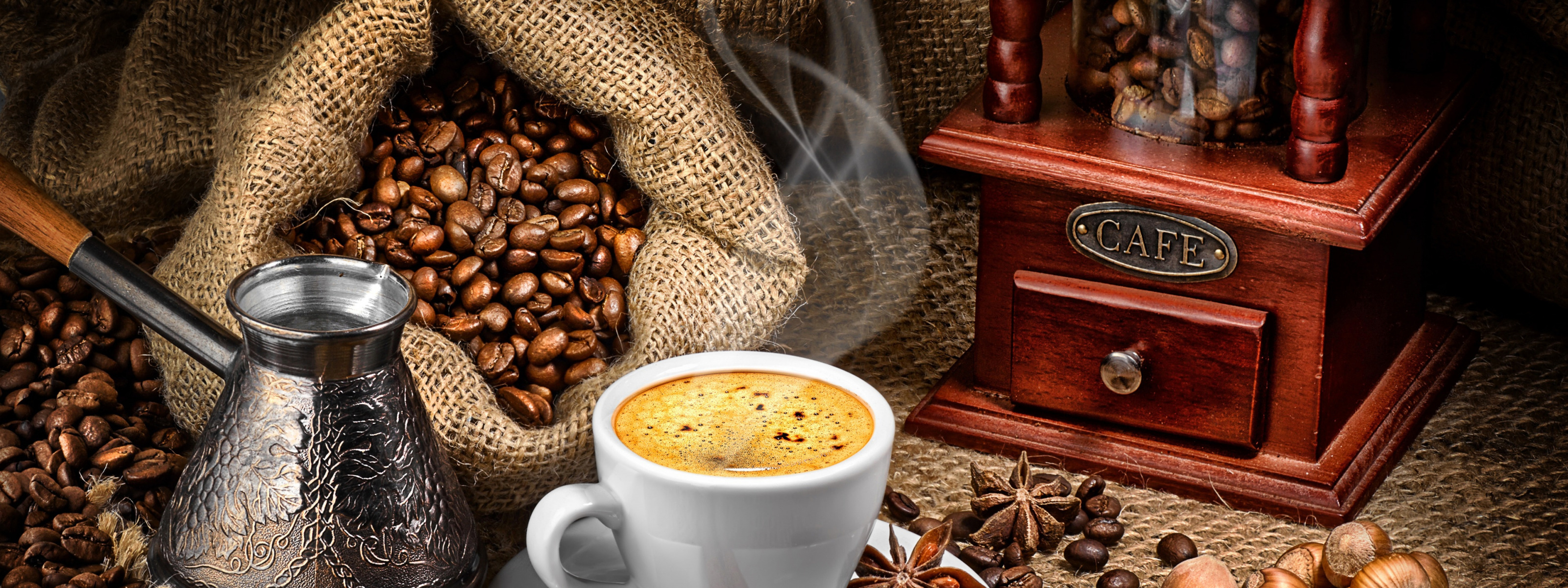 есть картинки кофе и кофемолка полмесяца