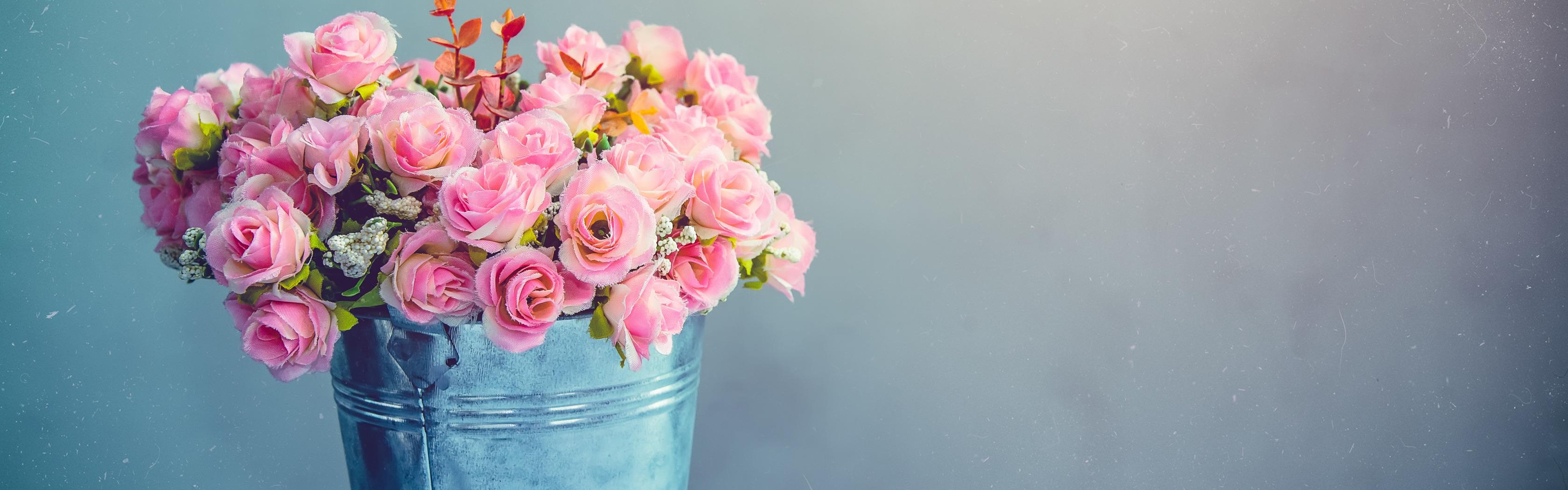 Малышей, фон для открытки с цветами в вазе