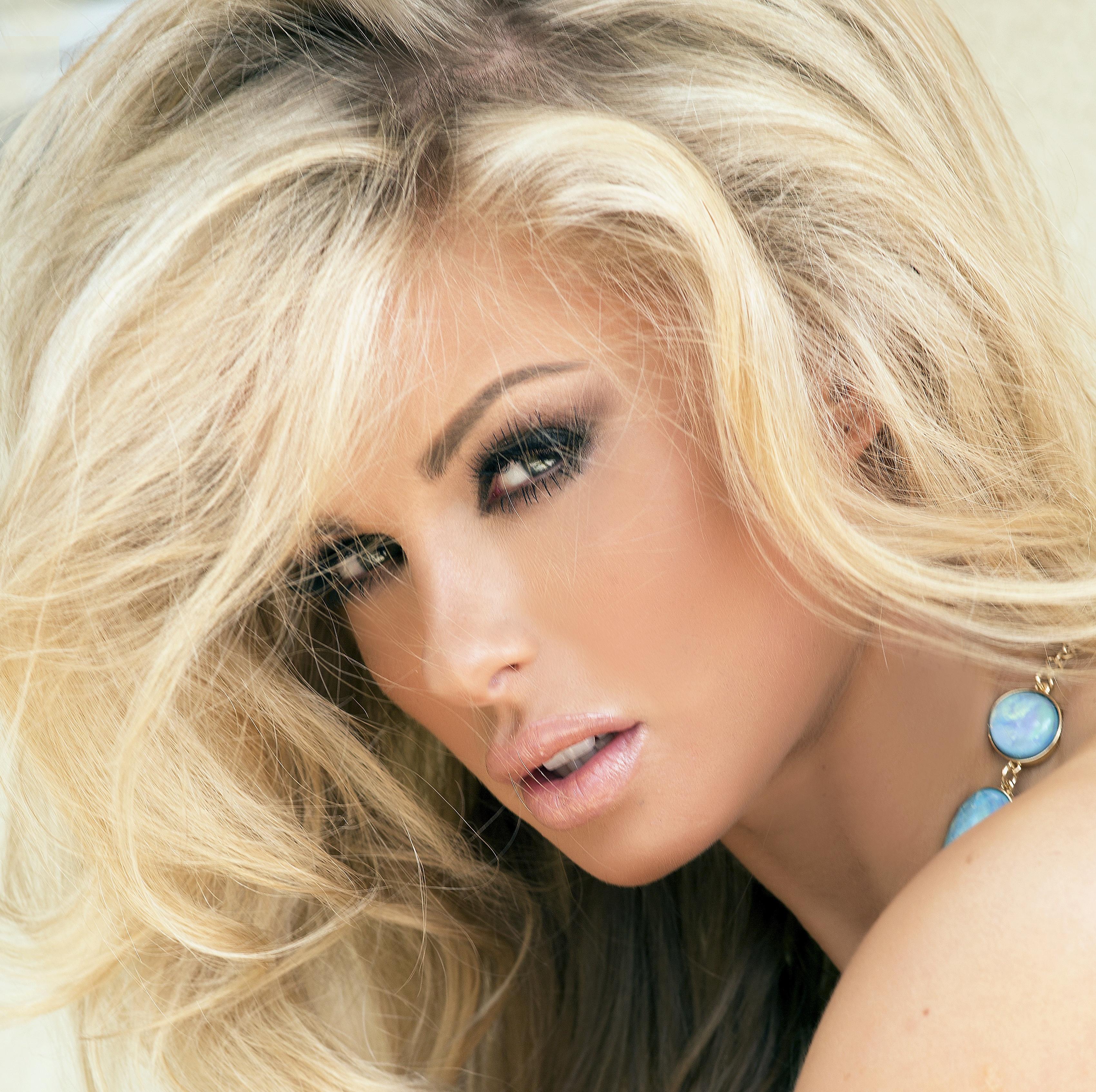 Картинки супер блондинка