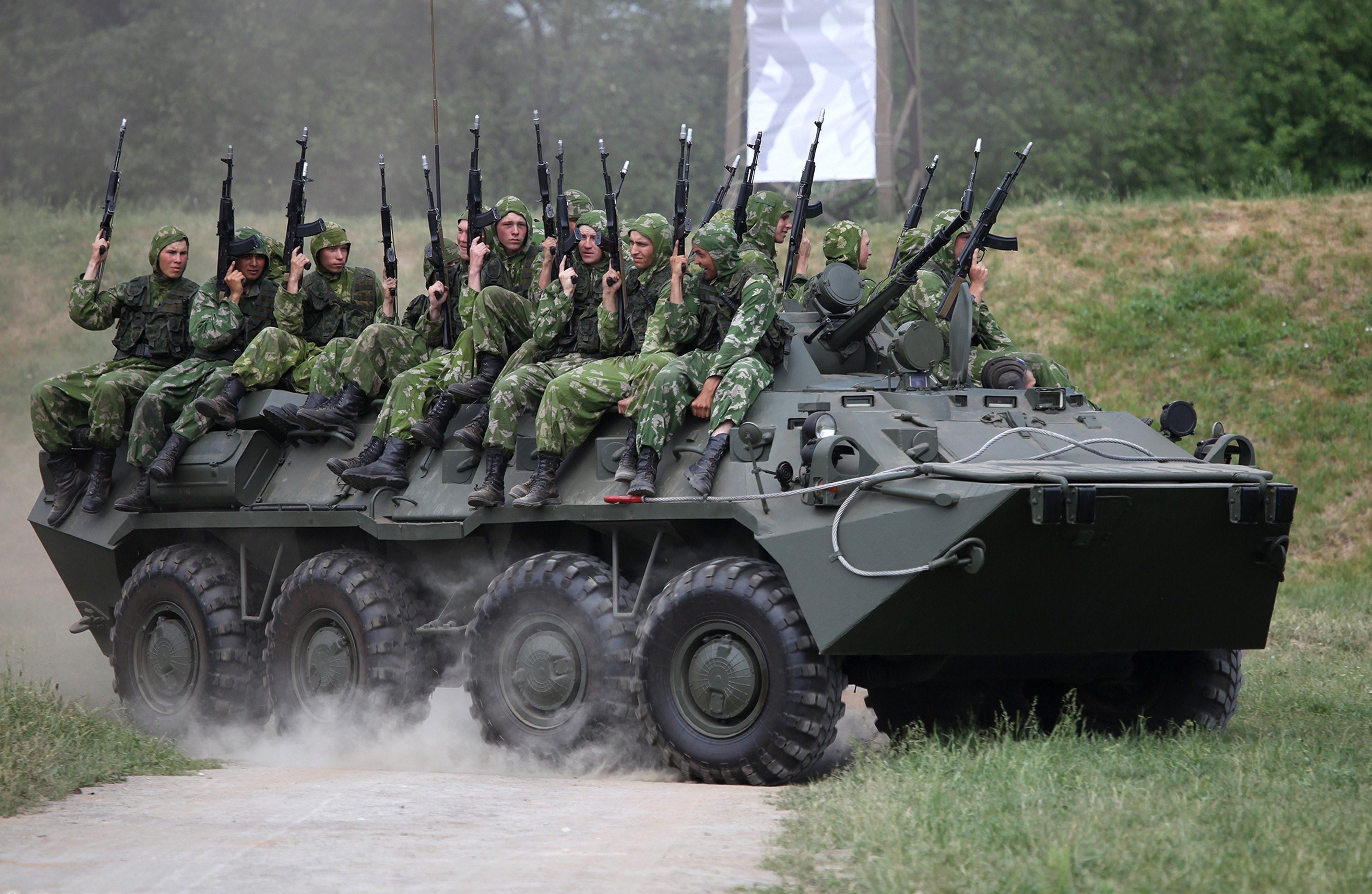 Солдаты и военная техника картинки