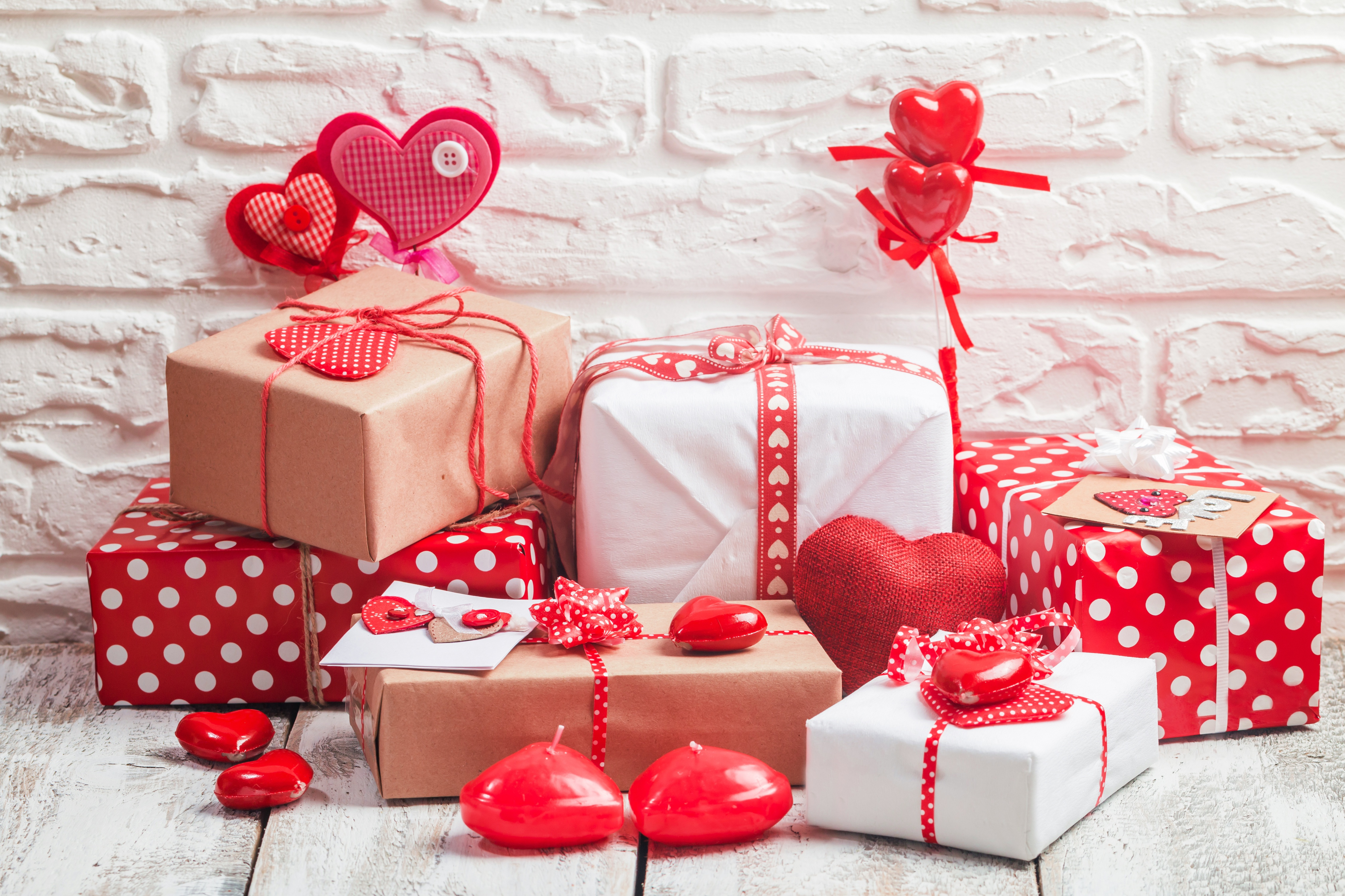 means valentines day gifts - HD4500×3000