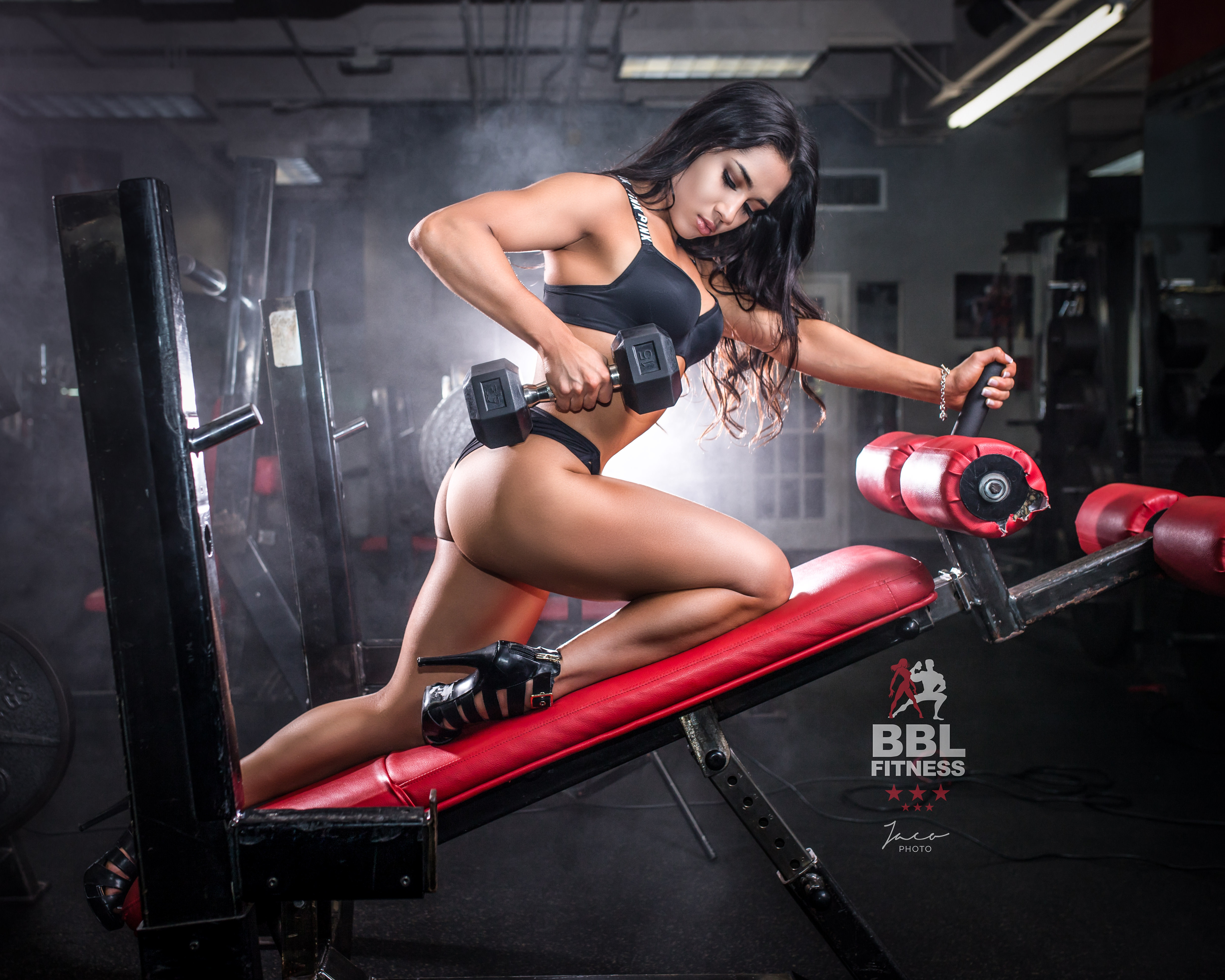 annapolis-sexy-gym-ass-girls-and