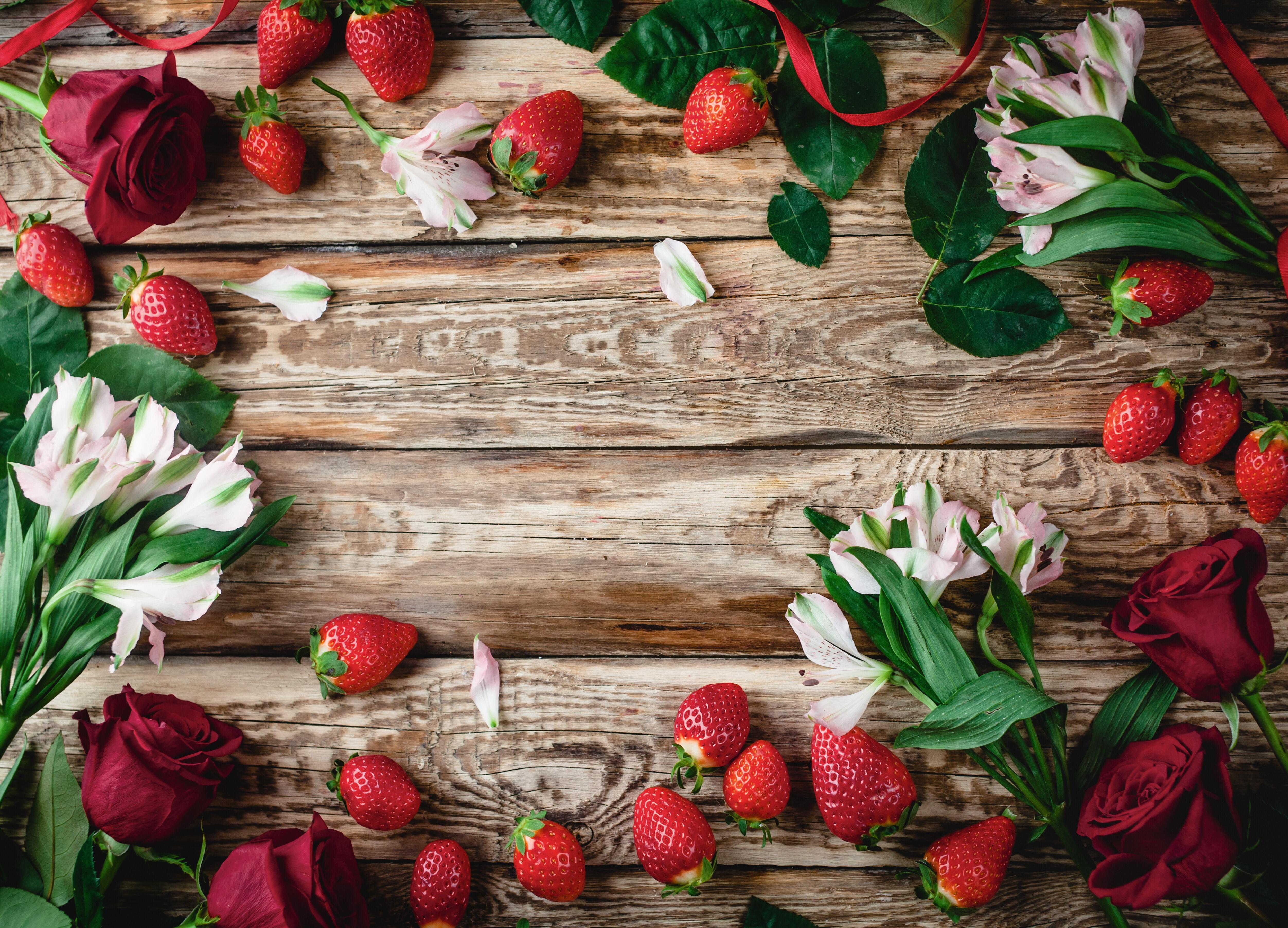 Рамка для фото на ягодный юбилей