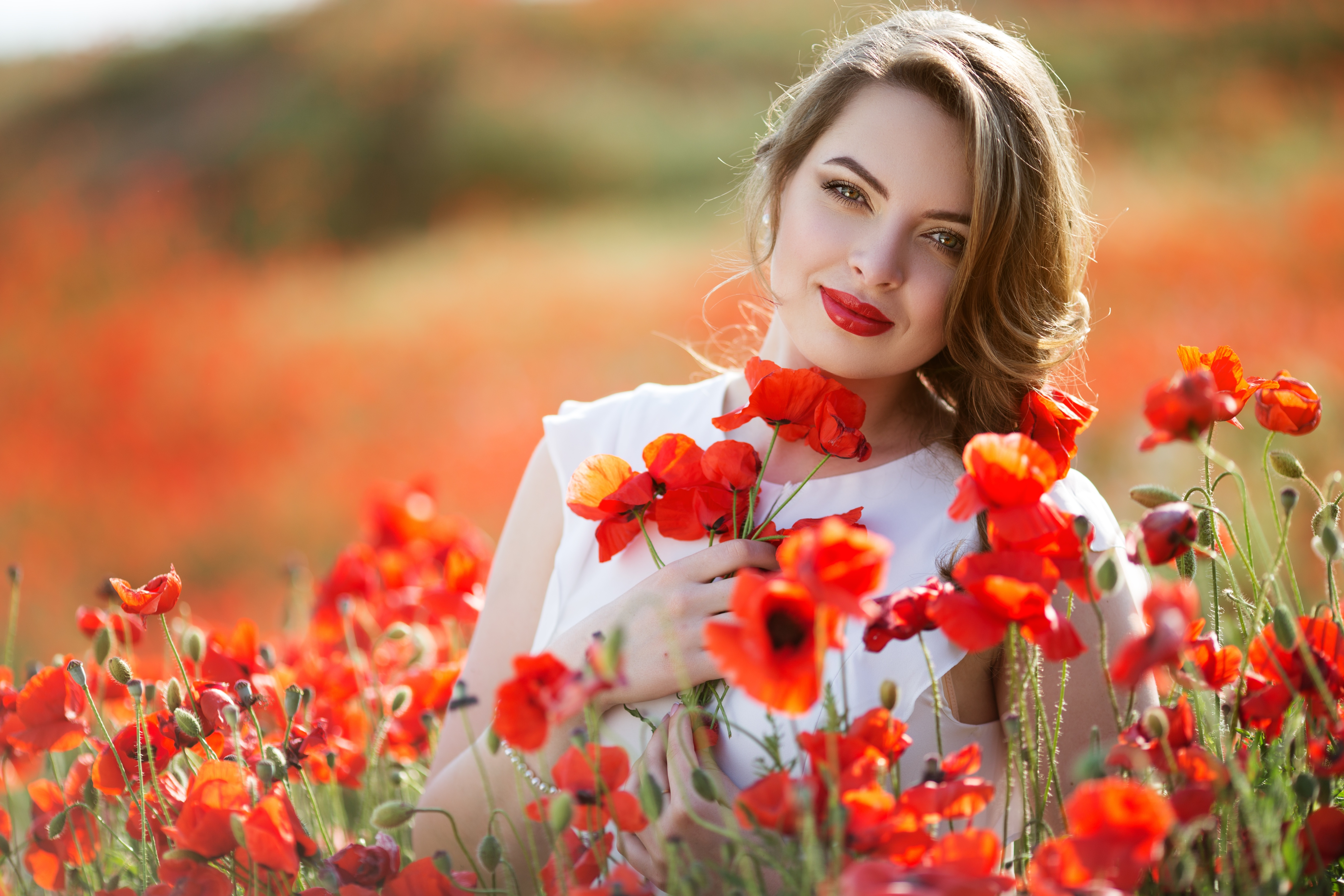Картинка девушка с цветком в руках, милиции картинки