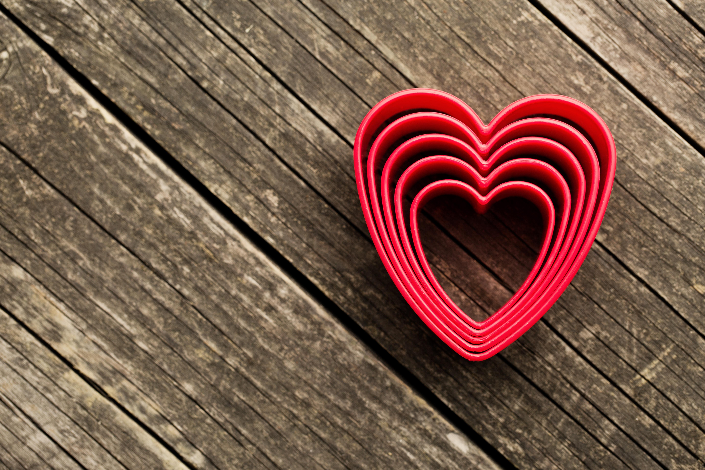 красивые картинки с сердечками на рабочий стол понравятся детям, они