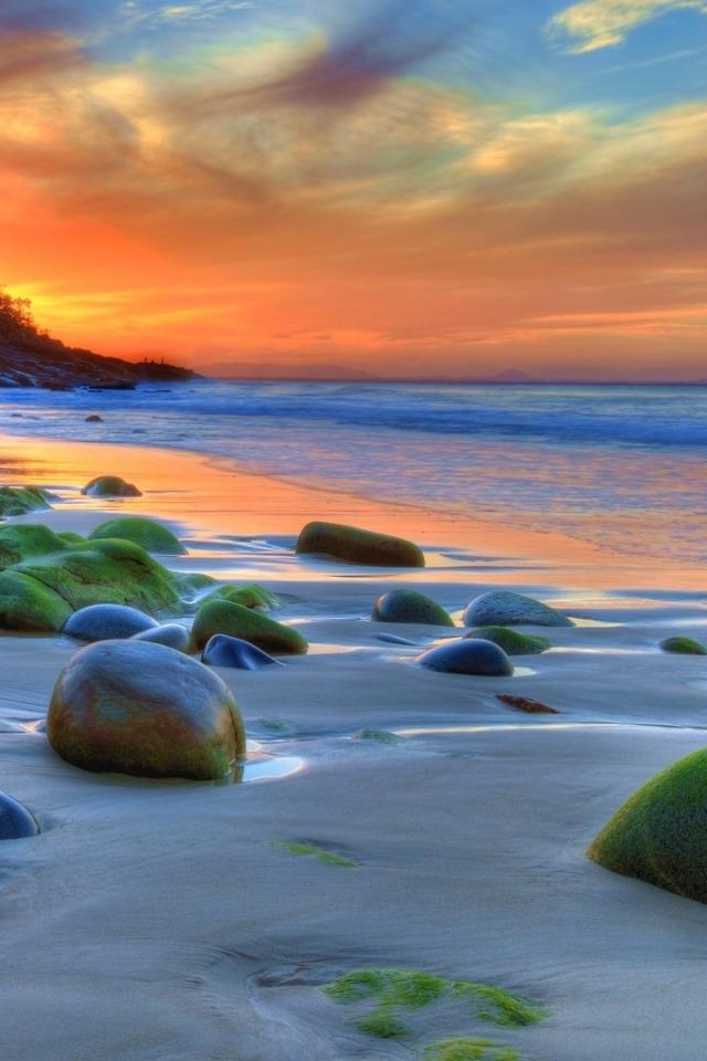 sunset at the beach descriptive essay