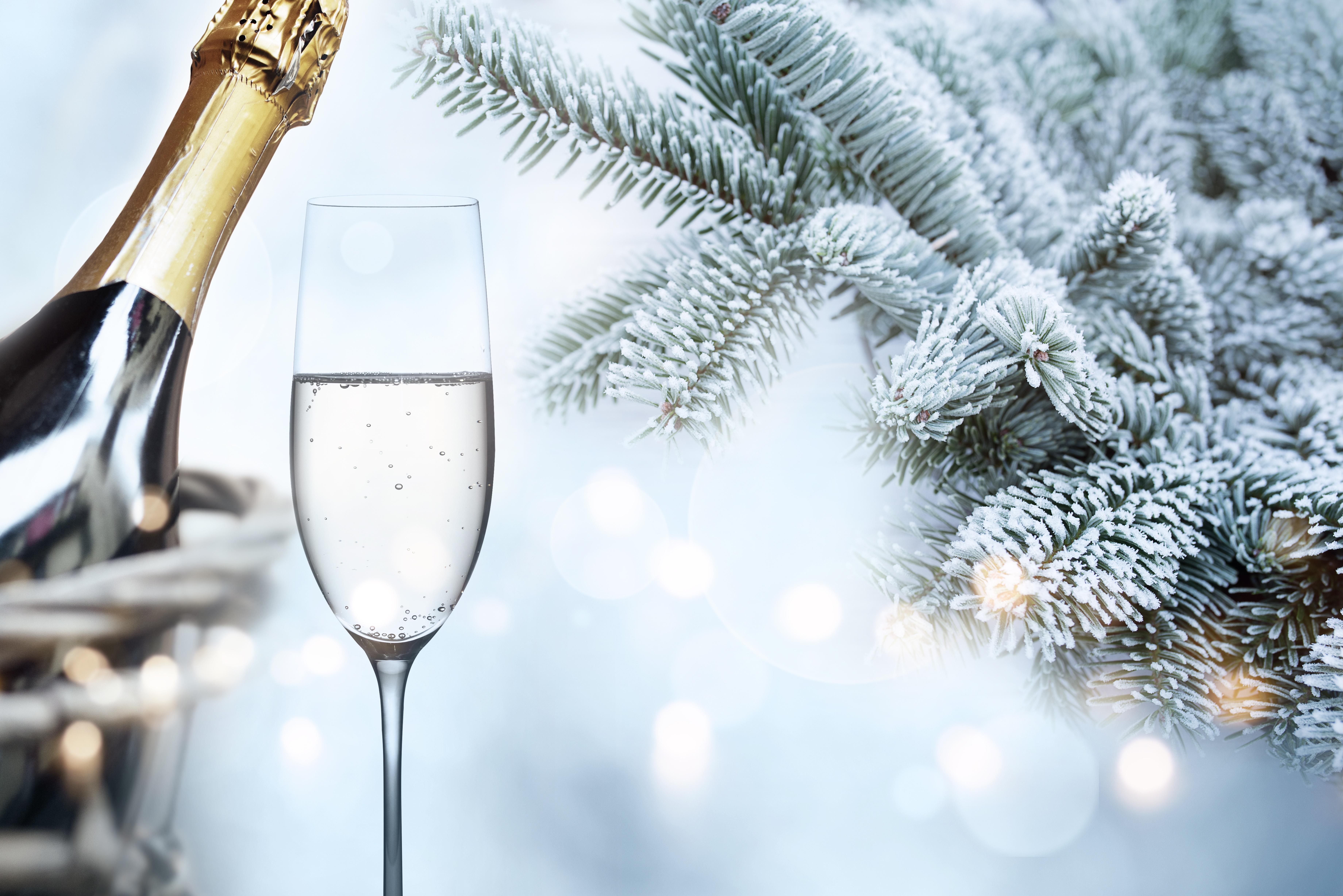 шампанское в снегу картинки ход