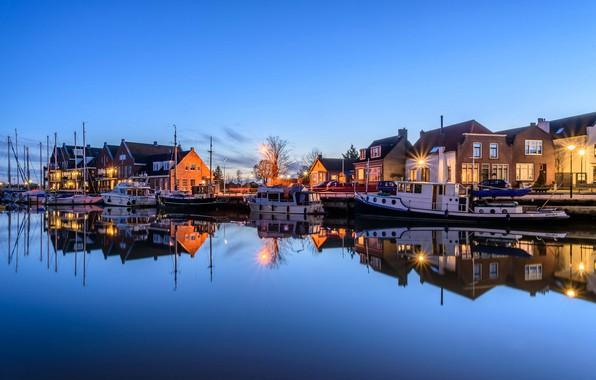 Картинка ночь, огни, лодка, дома, яхта, Нидерланды, гавань, Oude-Tonge