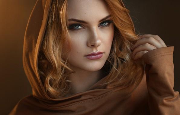 Картинка girl, photo, photographer, blue eyes, model, bokeh, lips, face, redhead, portrait, mouth, close up, simple …