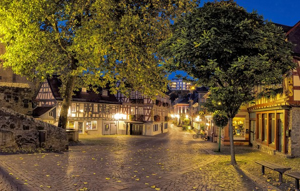 Картинка листья, деревья, огни, улица, дома, вечер, Германия, фонари, лавочки, Hesse, Idstein
