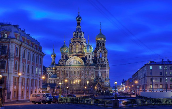 Картинка небо, огни, дома, вечер, фонари, Санкт-Петербург, церковь, канал, храм, Россия, мосты