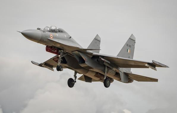 Картинка самолёт, летит, серое небо, Су-30МКИ