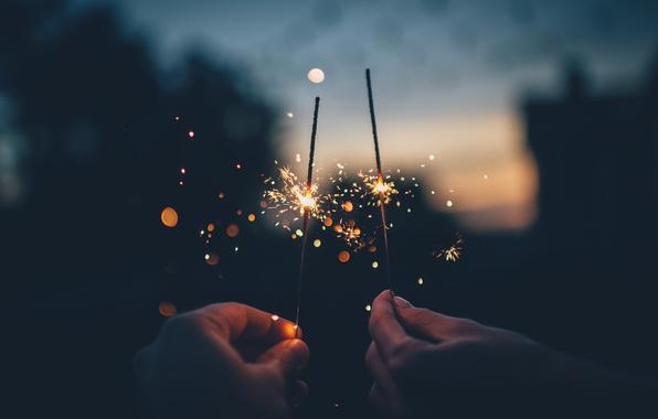Картинка огоньки, Свет, искры, Рождество, Новый год, Праздник, Бенгальские, Искорки